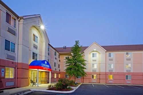 Candlewood suites philadelphia mt laurel in mount laurel for Hotels 08054