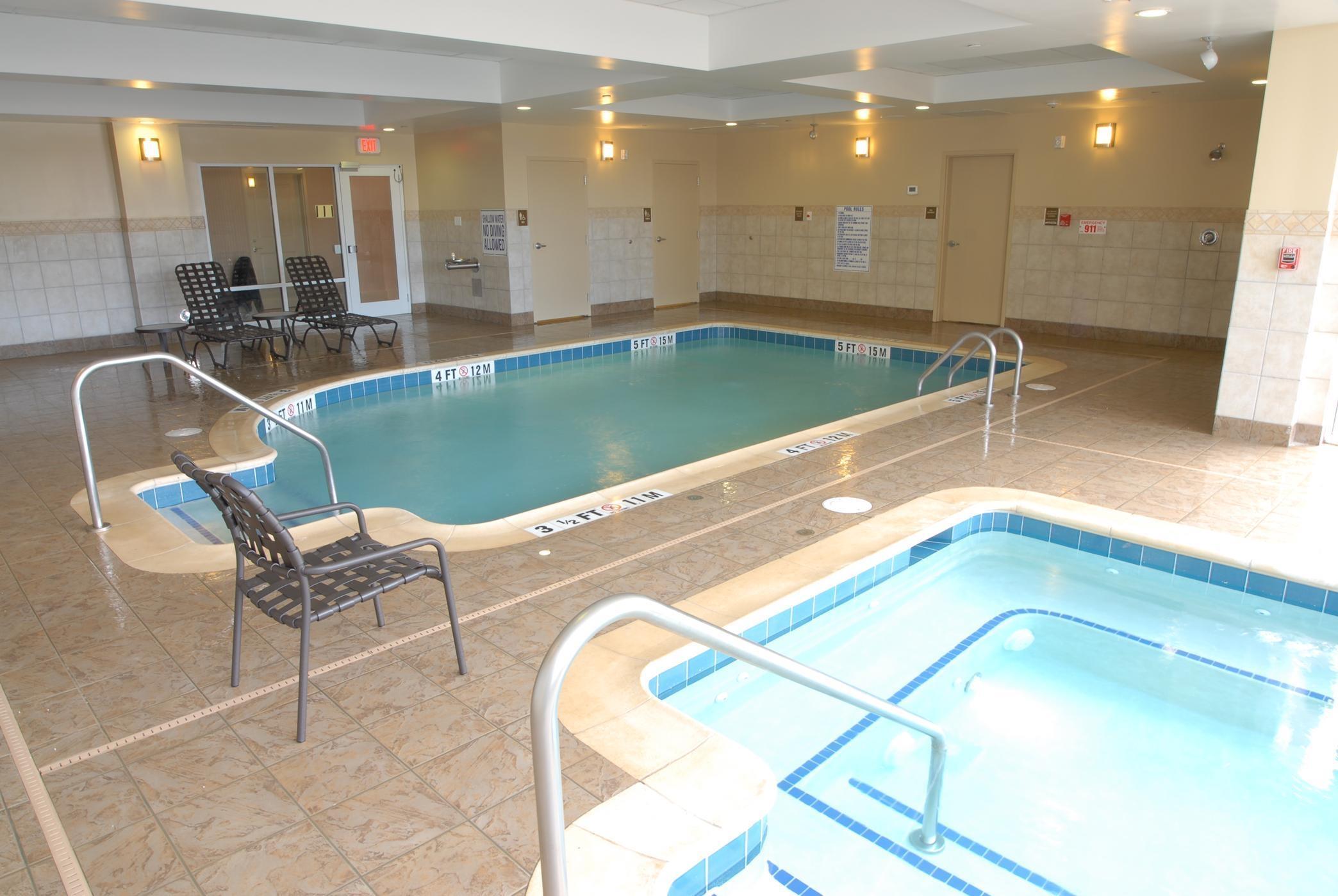 Hilton garden inn charlotte concord concord north carolina nc for Indoor swimming pools charlotte nc