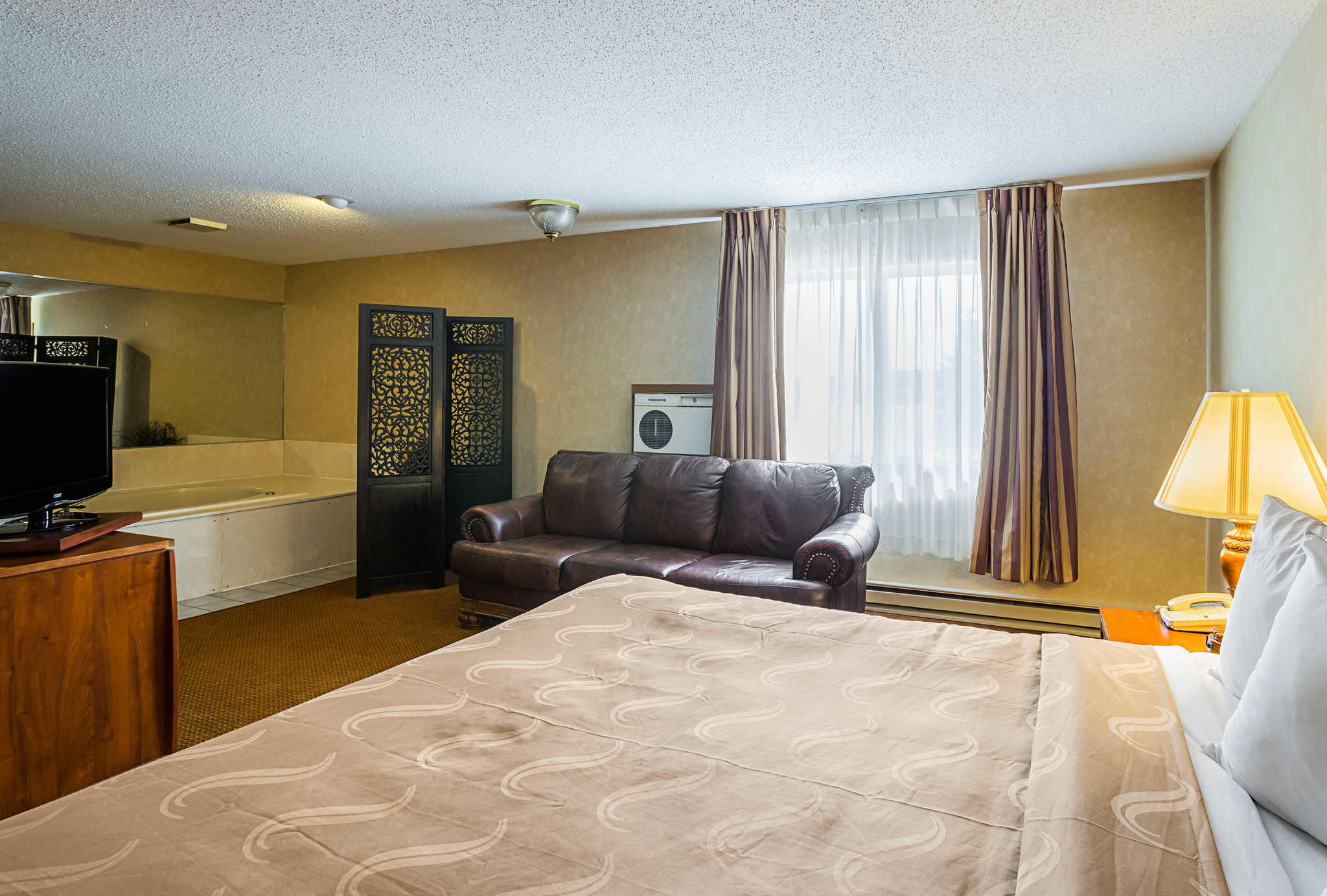 Hotel Rooms In Mitchell South Dakota