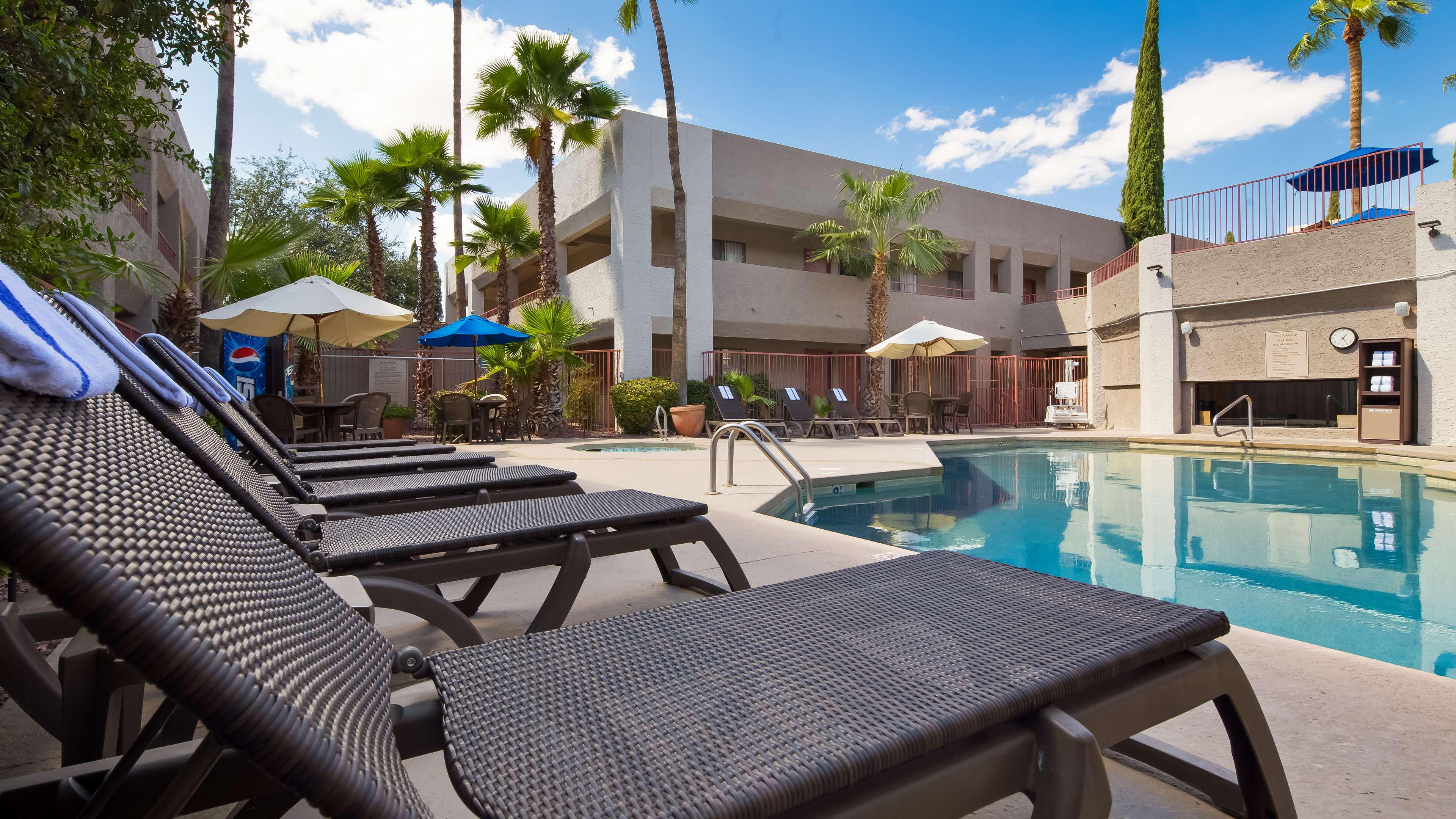 Best Western Innsuites Tucson Foothills Hotel And Suites