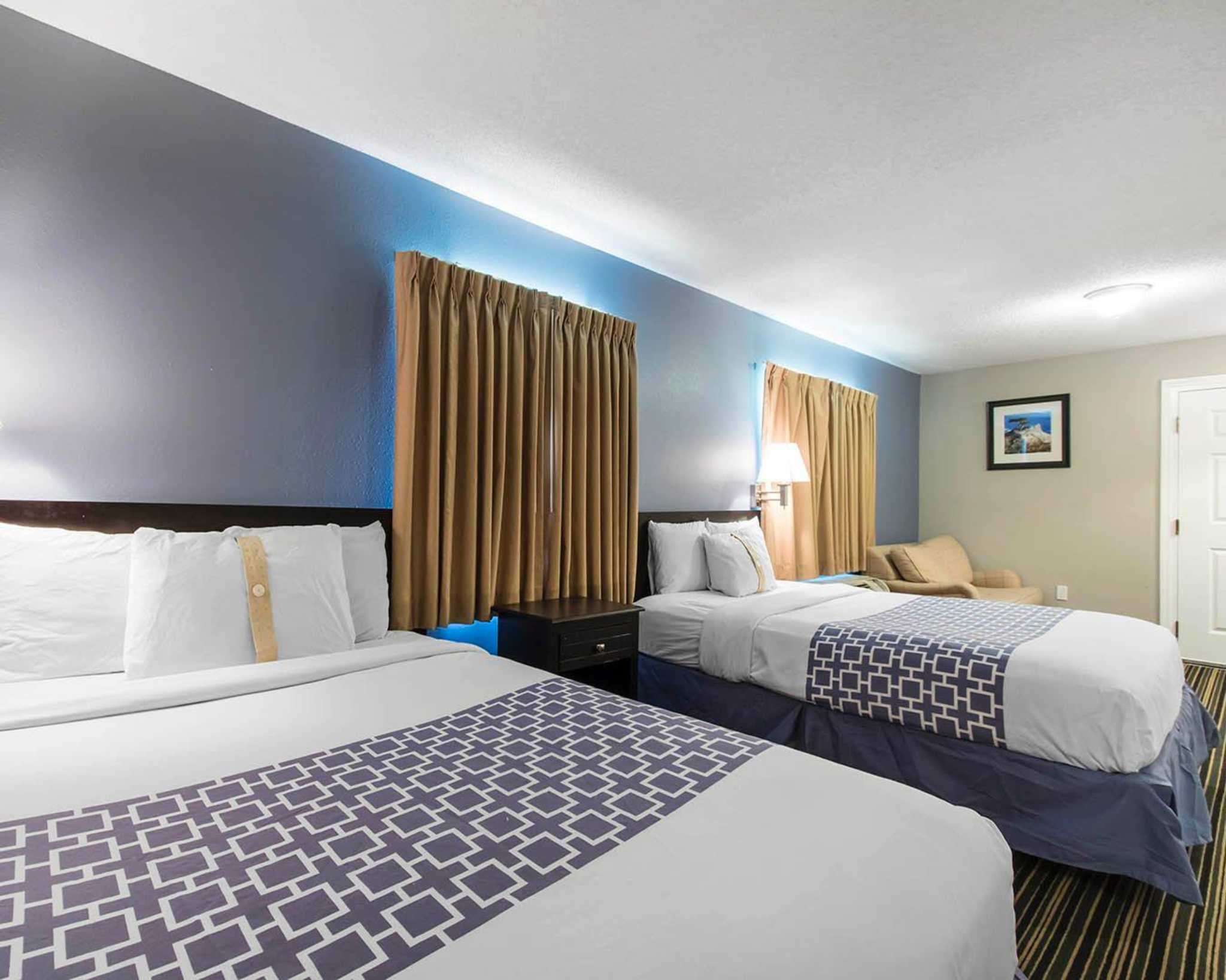 Pet Friendly Extended Stay Hotels Near Me Smoking Rooms