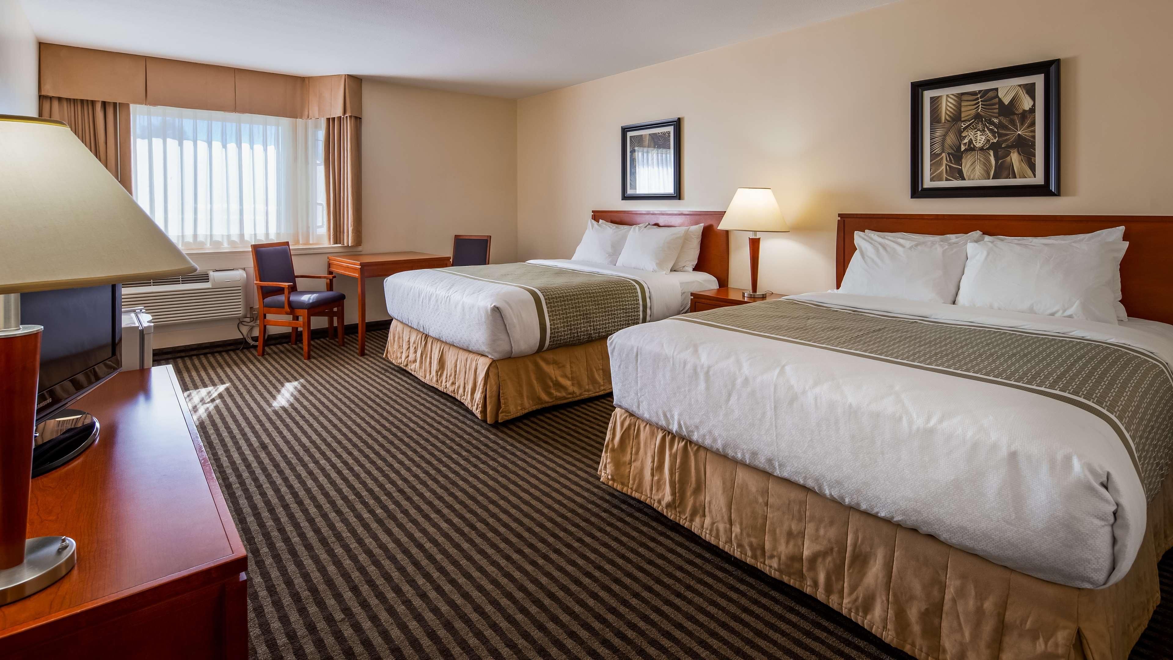 Surestay Hotel By Best Western Chilliwack in Chilliwack: Double Queen Guest Room