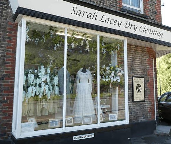 Sarah Lacey Dry Cleaning Haywards Heath 01444 416644