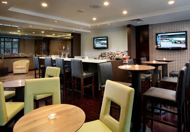 Center City Philadelphia Hotel - Residence Inn by Marriott Philadelphia Center City - Hotel Bar