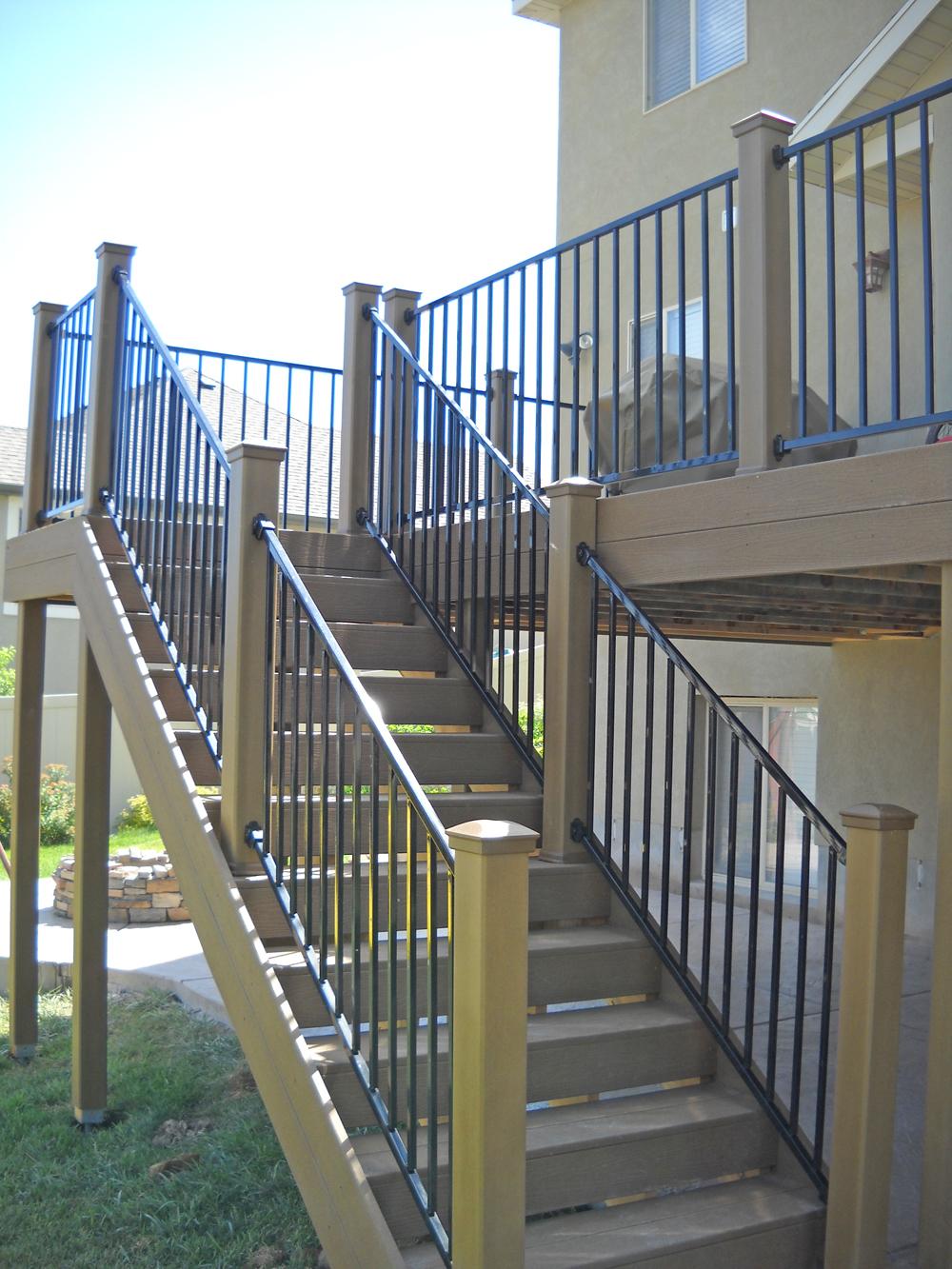 Stonehenge Fence & Deck image 2