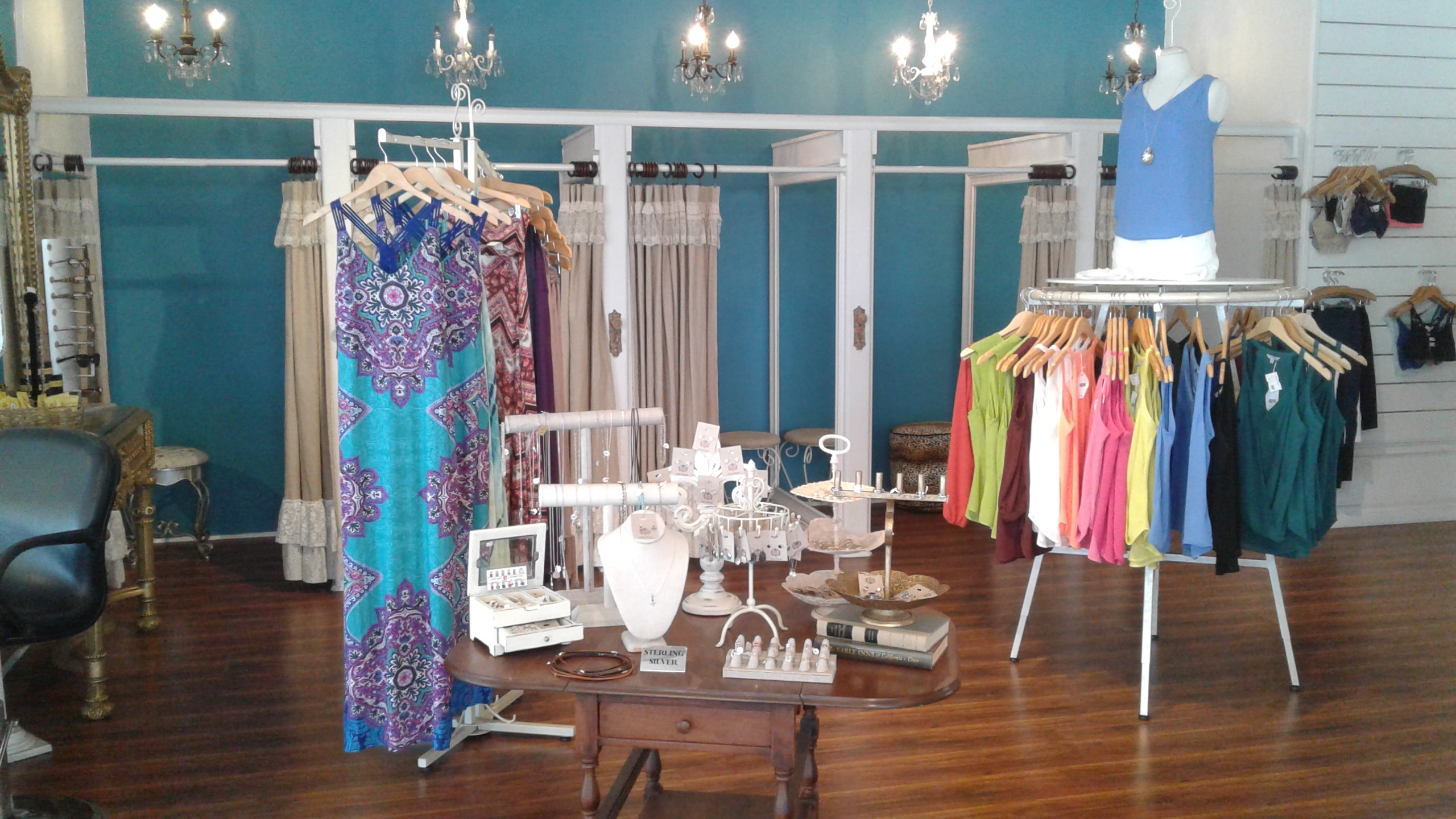 Gypsy couture in costa mesa ca 92627 for Chamber of couture