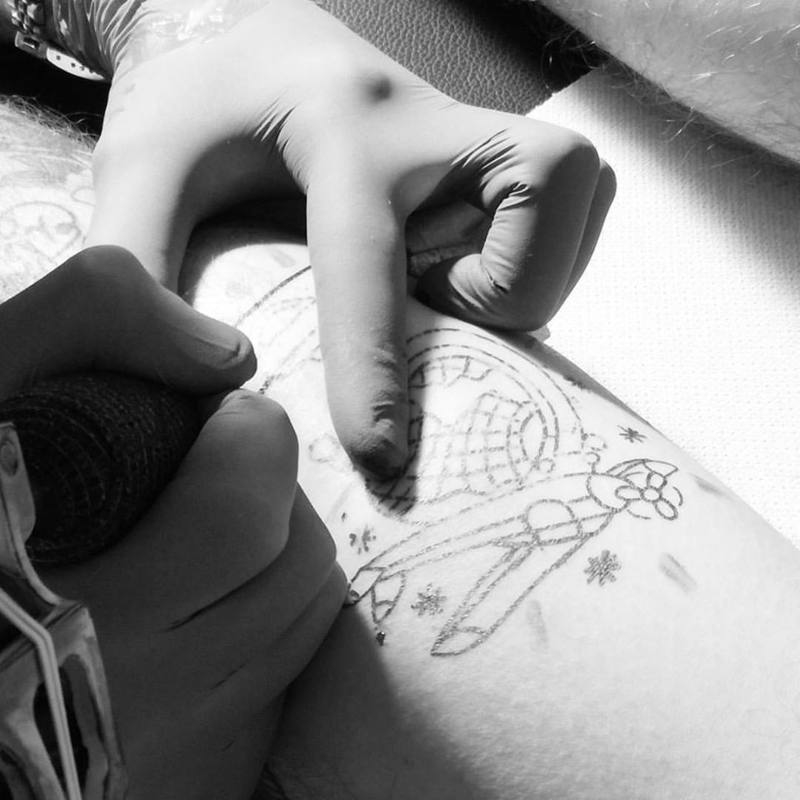 Black Swan Clothing e Tattoo