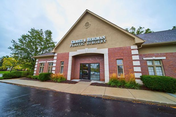 Carmel Cosmetic and Plastic Surgeons   Indianapolis, IN