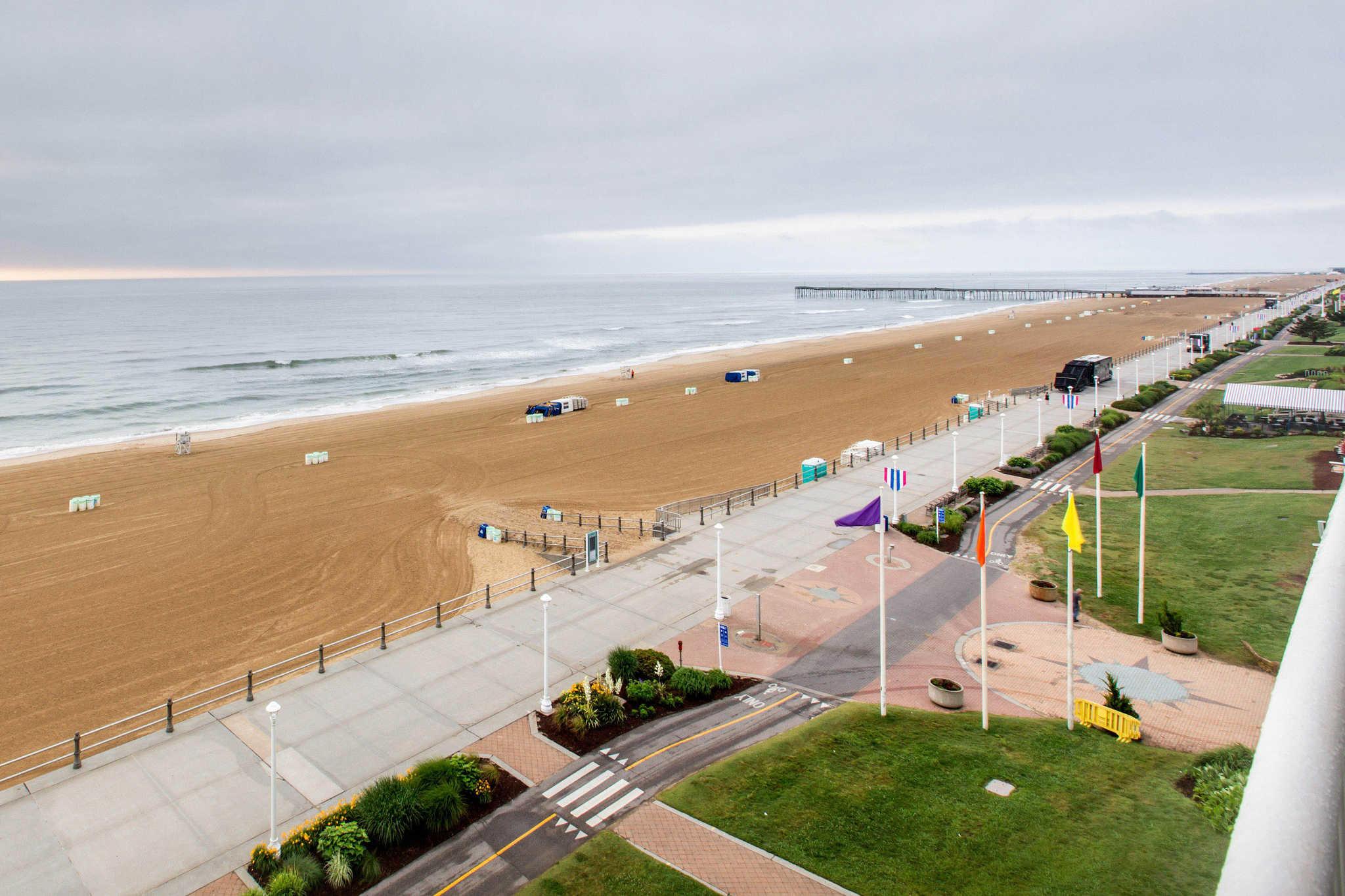 Oceanfront Va Beach Suites