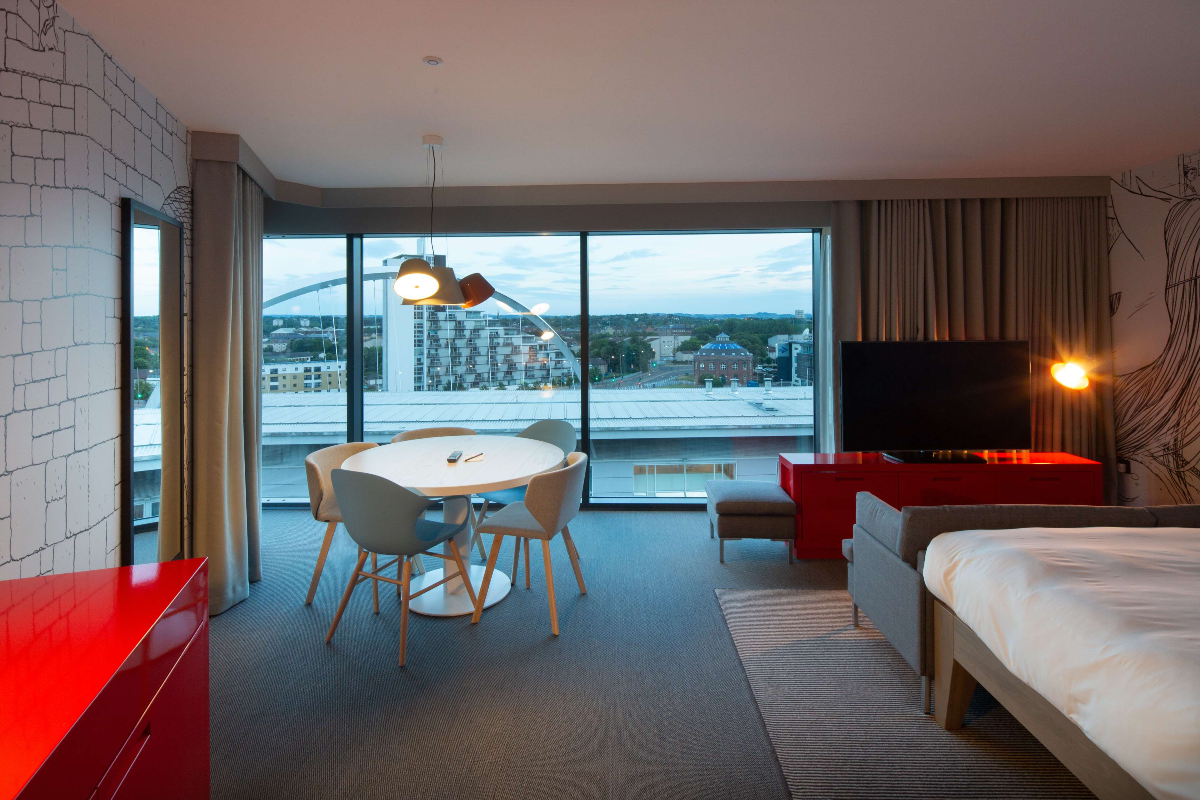 Images Radisson RED Glasgow