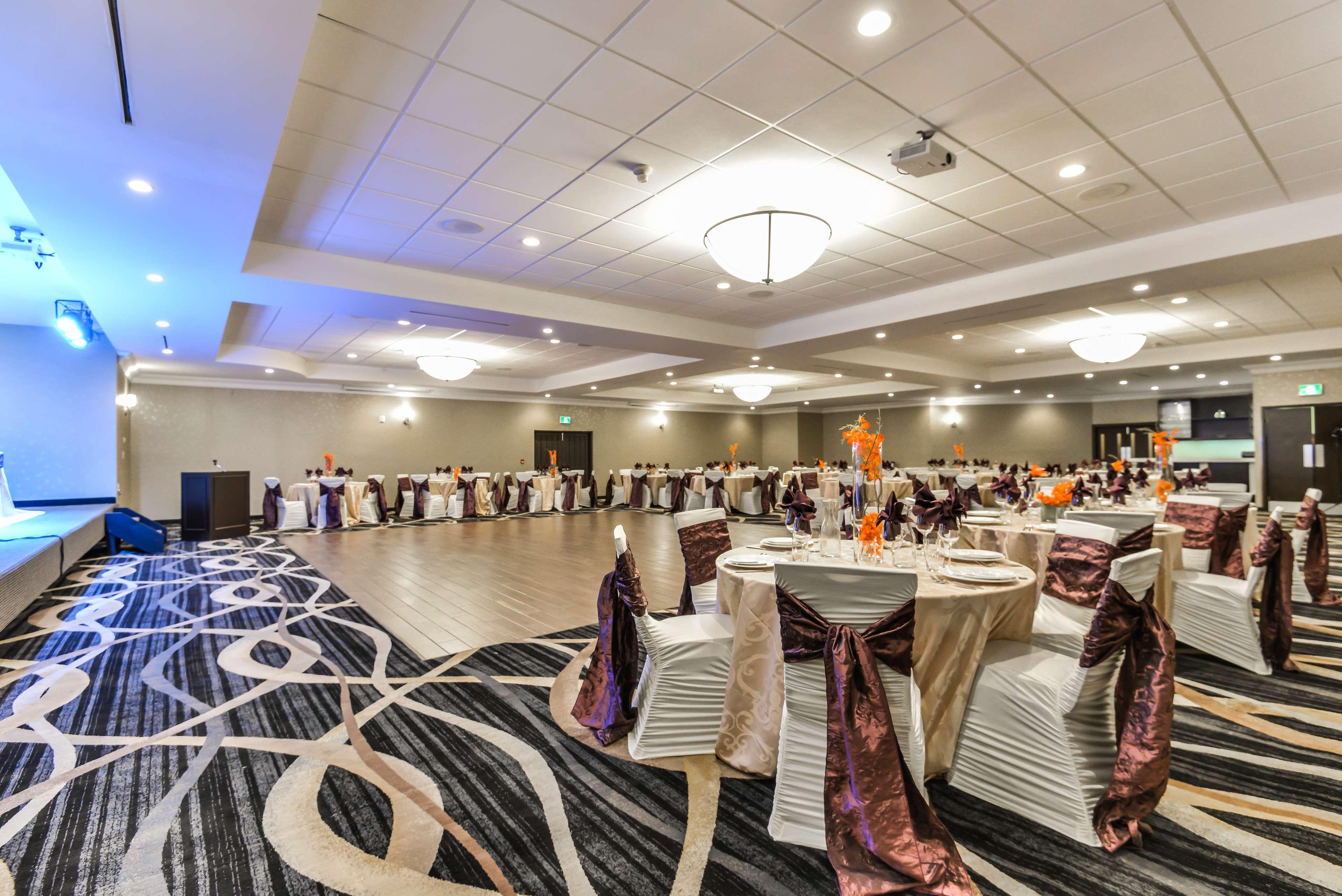 Weddings Best Western Plus Leamington Hotel & Conference Centre Leamington (519)326-8646
