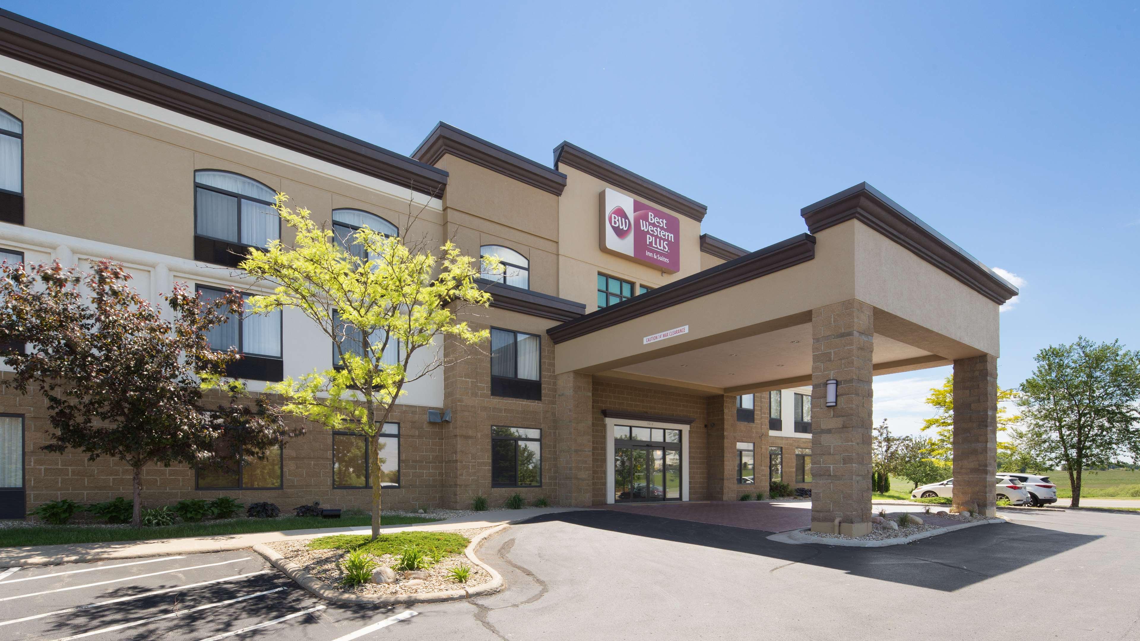 Best Western Plus Technology Park Inn Suites Cedar Falls Iowa IA L