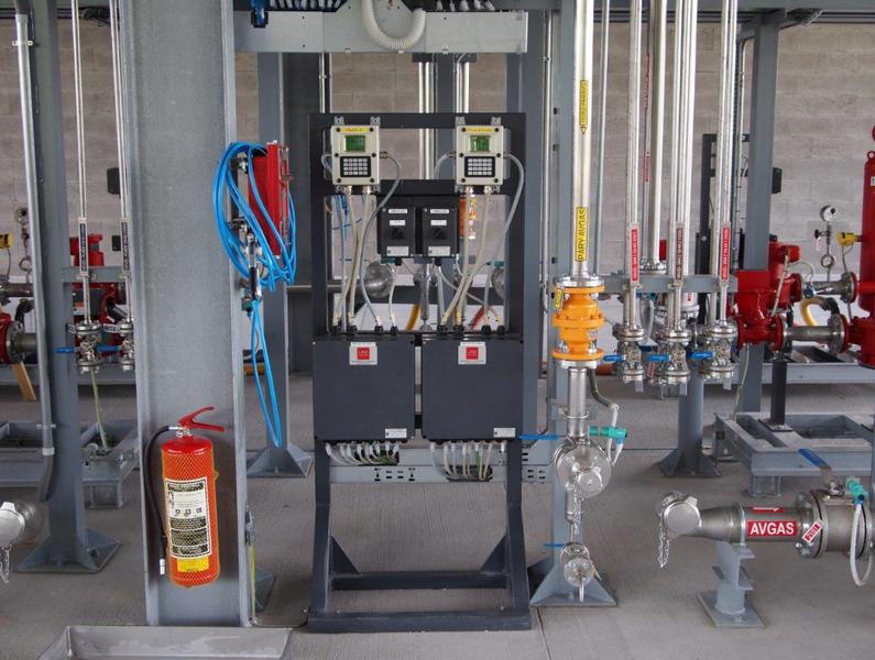PIK s.r.o. -  dodávky technologií  pro petrochemický průmysl
