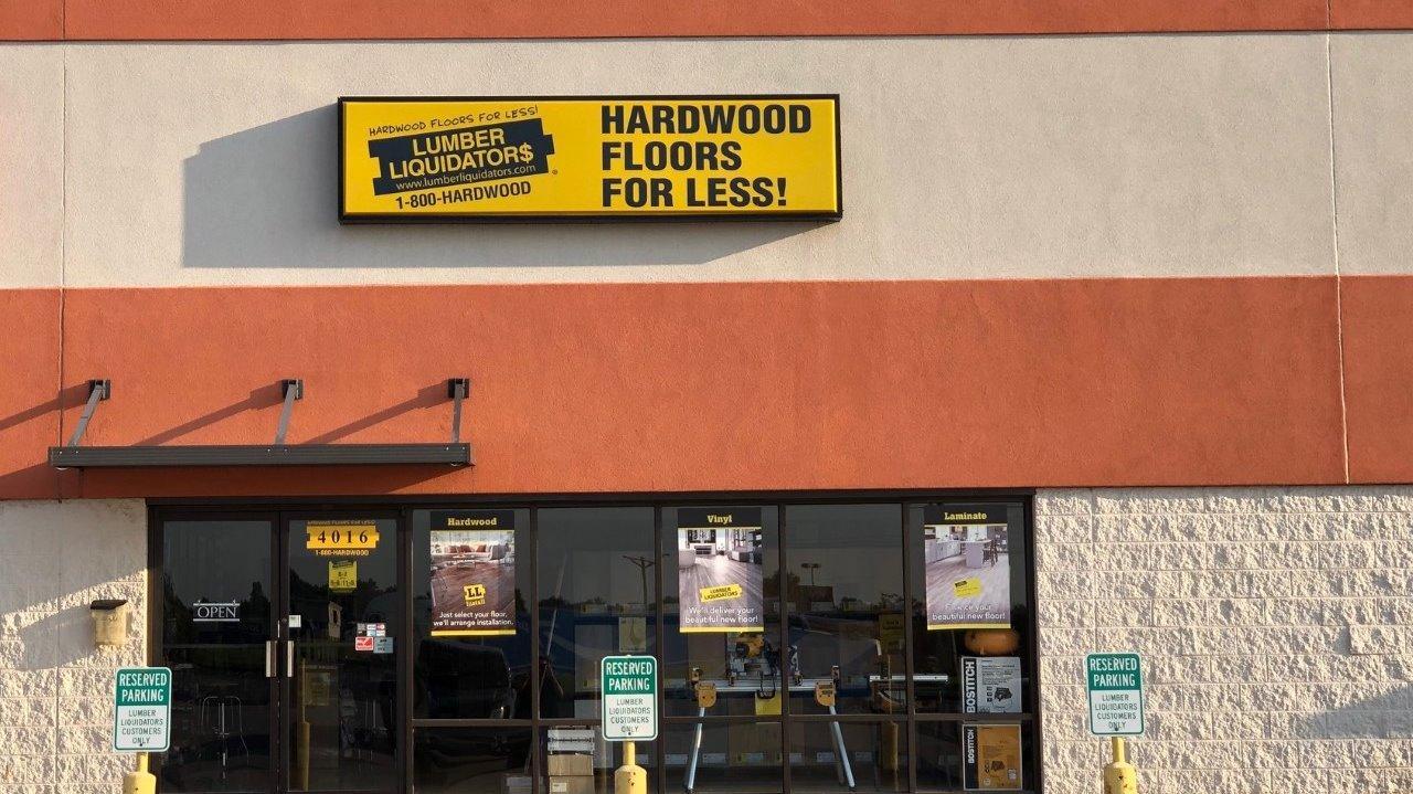LL Flooring #1160 Saint Peters | 4016 North Service Road | Storefront