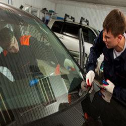 Eureka Auto Glass 2 - Ypsilanti, MI - Auto Glass & Windshield Repair