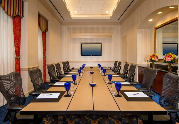 Our hotel features 12 meeting rooms with 10,900 square feet of total meeting space.