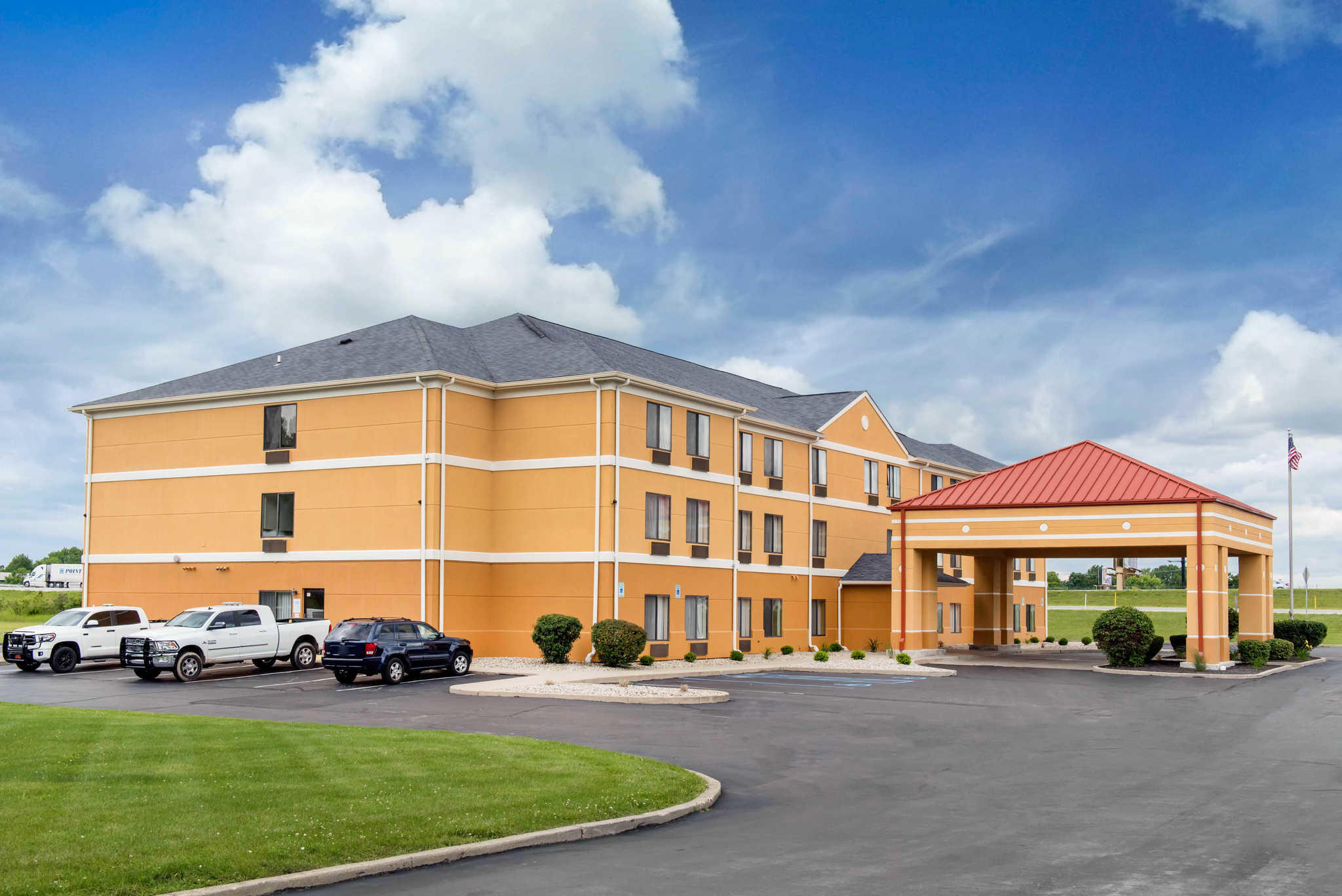 Quality Inn Amp Suites Anderson Indiana In