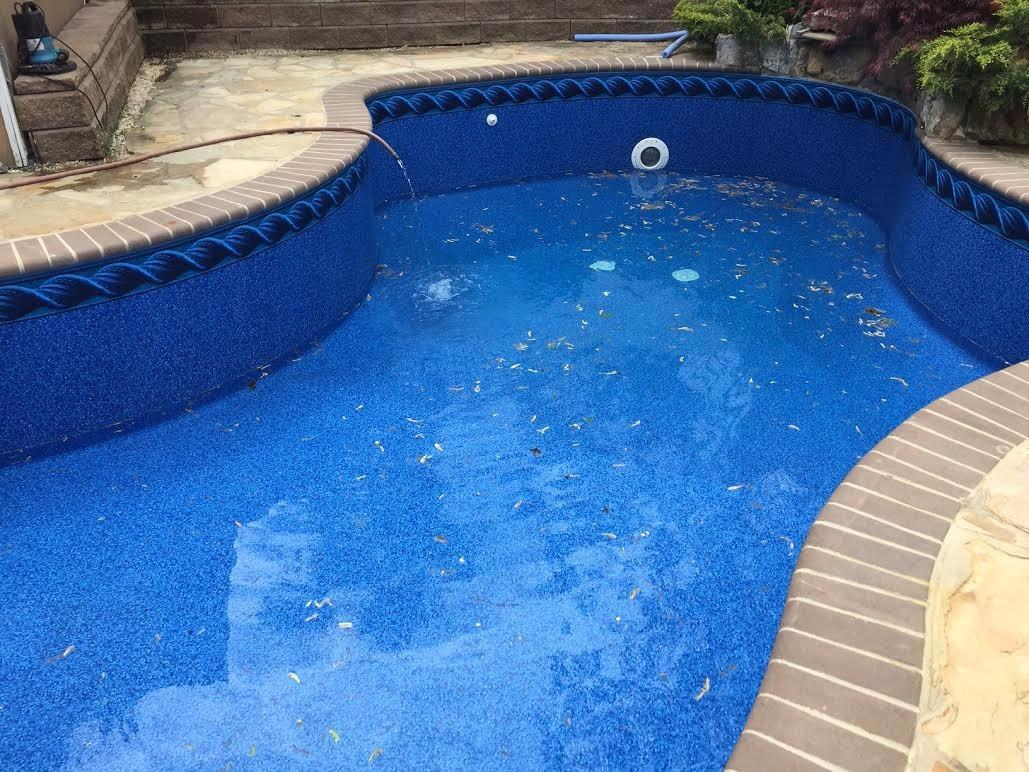 Pool liner experts in toms river nj 08753 for Hood river swimming pool hours