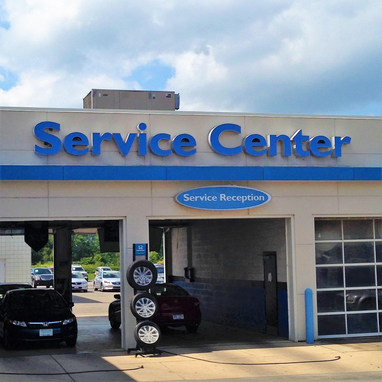 Victory honda new honda dealership in monroe mi 48162 for Honda dealer michigan