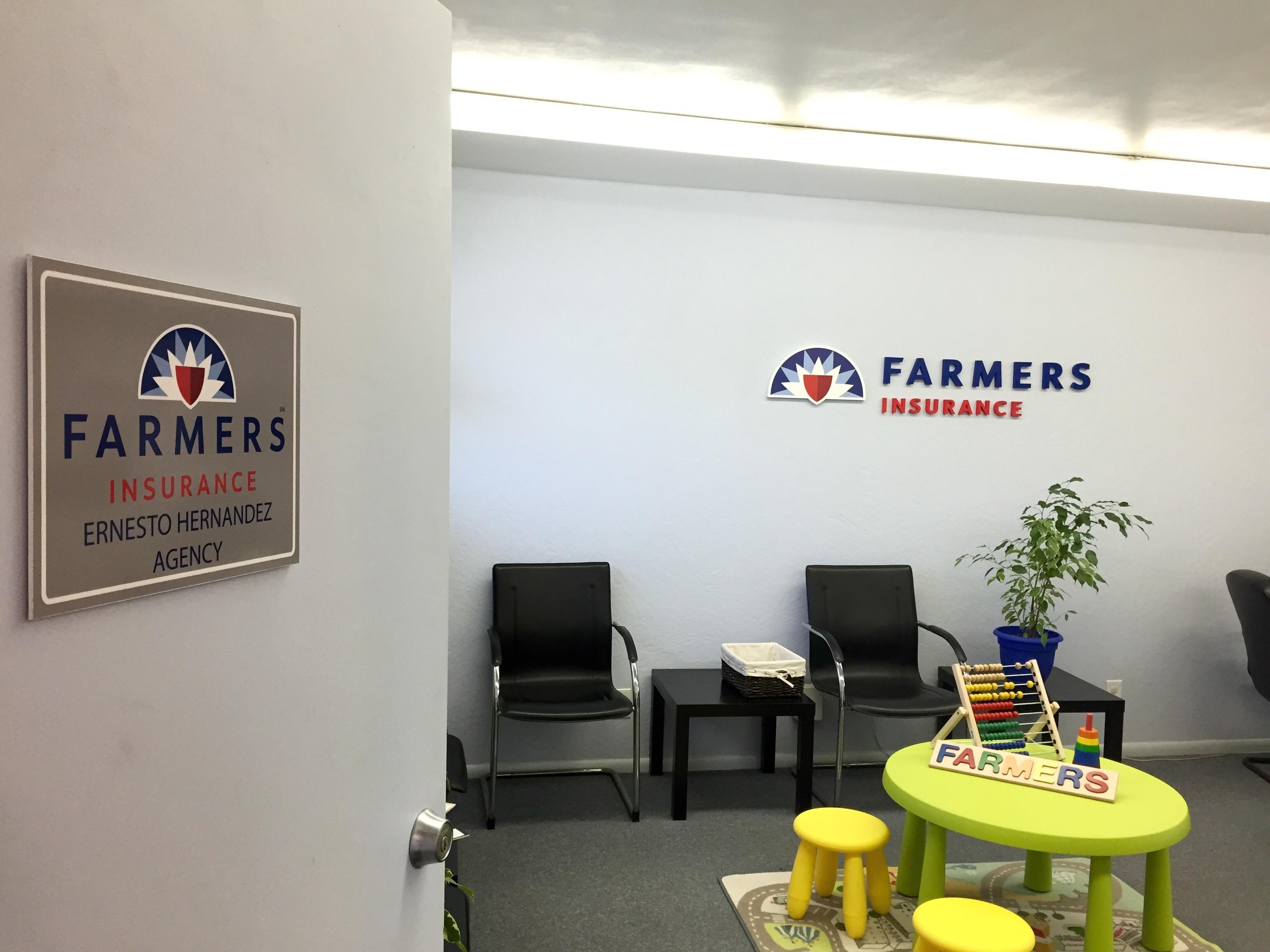 Farmers Insurance - Ernesto Hernandez