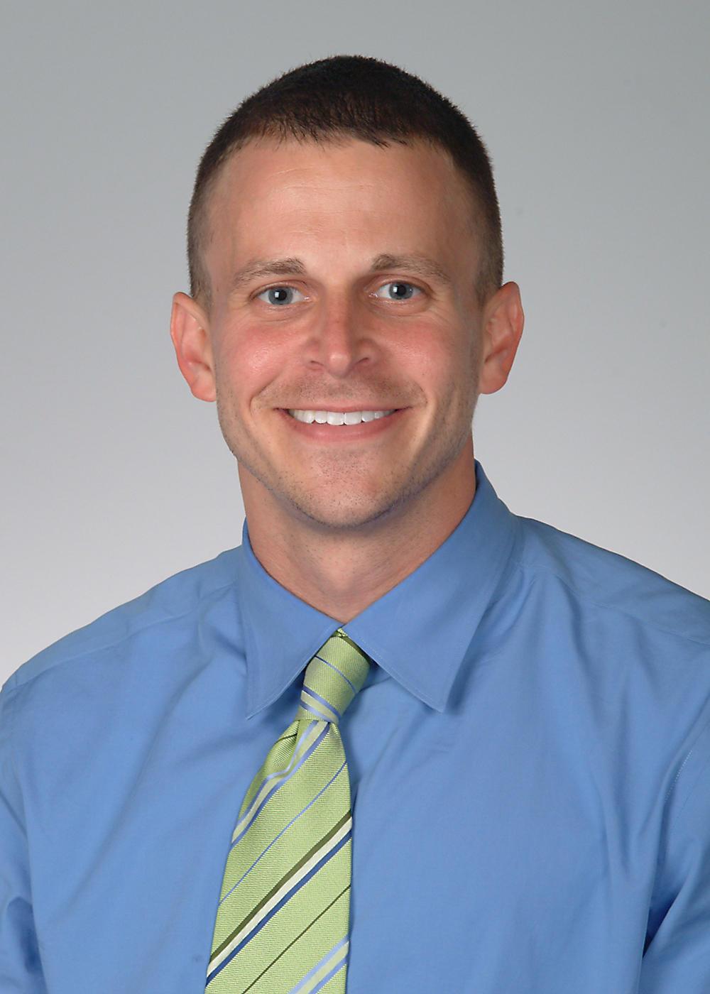 David M Mills MD