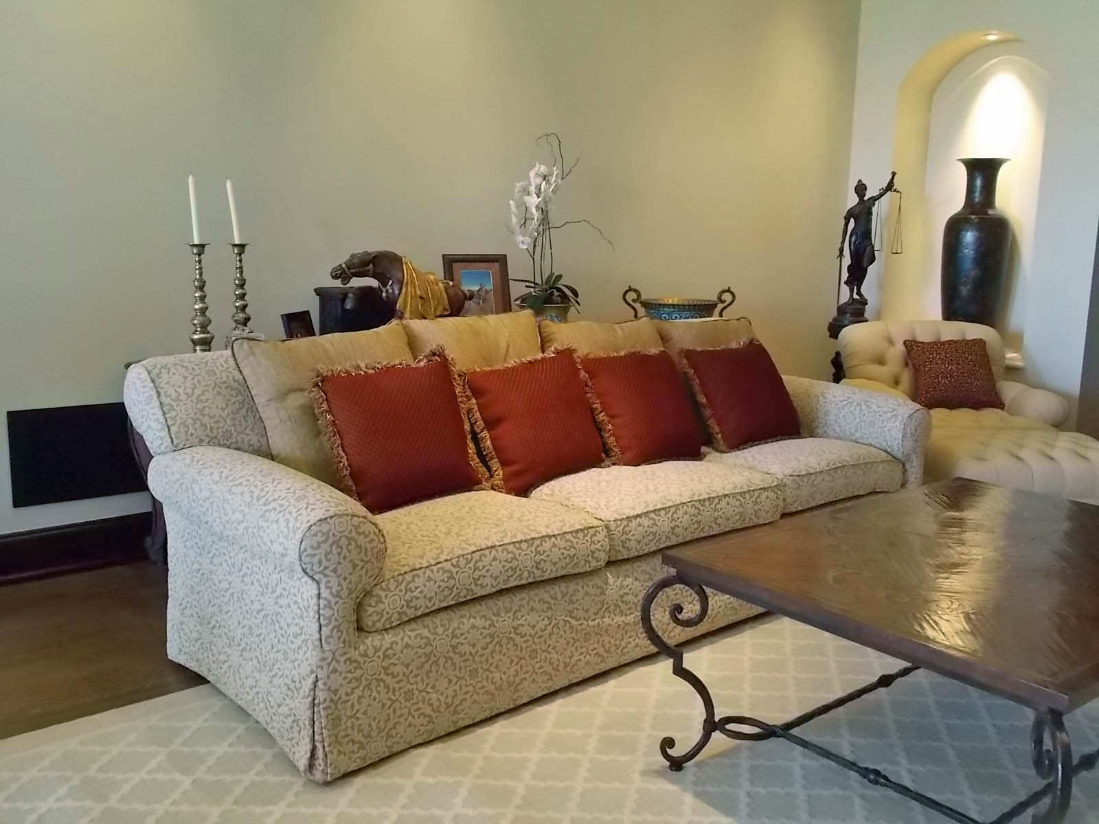 WM Upholstery - Sherman Oaks, CA - Drapery & Upholstery Stores