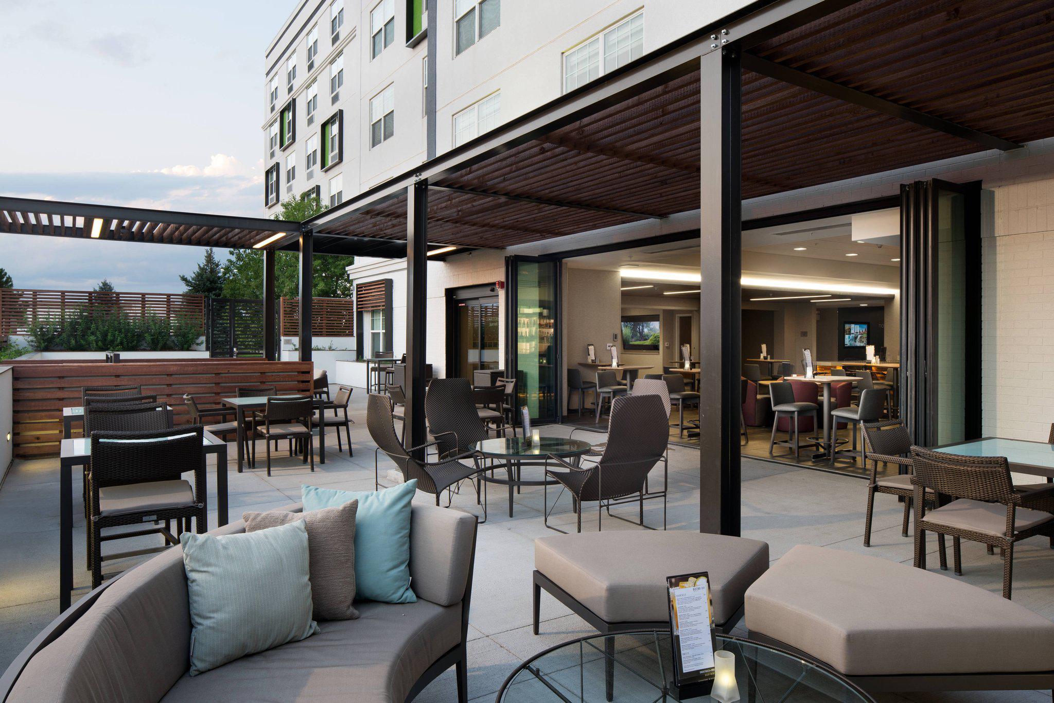 Courtyard by Marriott Denver Airport at Gateway Park