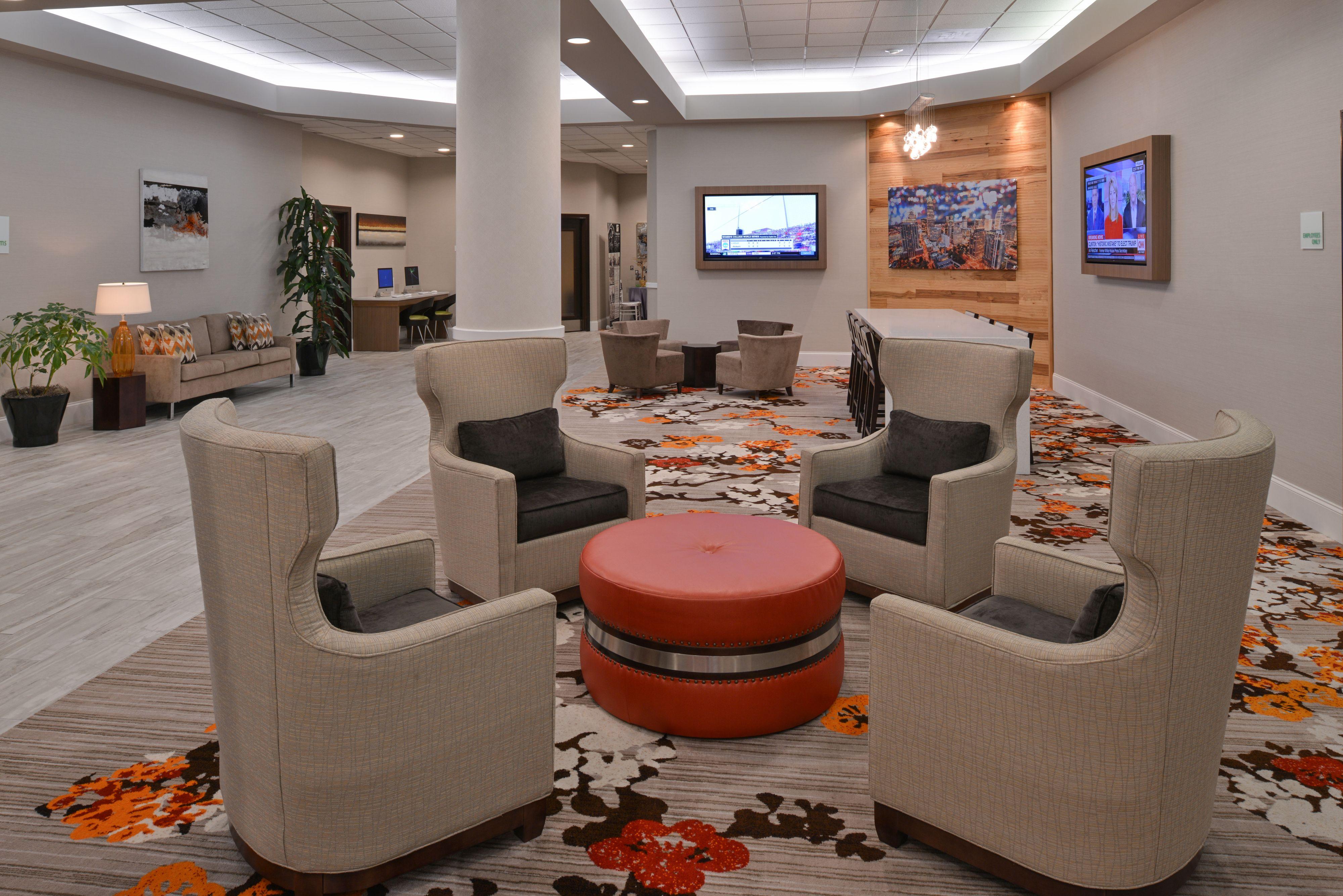 Holiday Inn Charlotte Center City Charlotte North