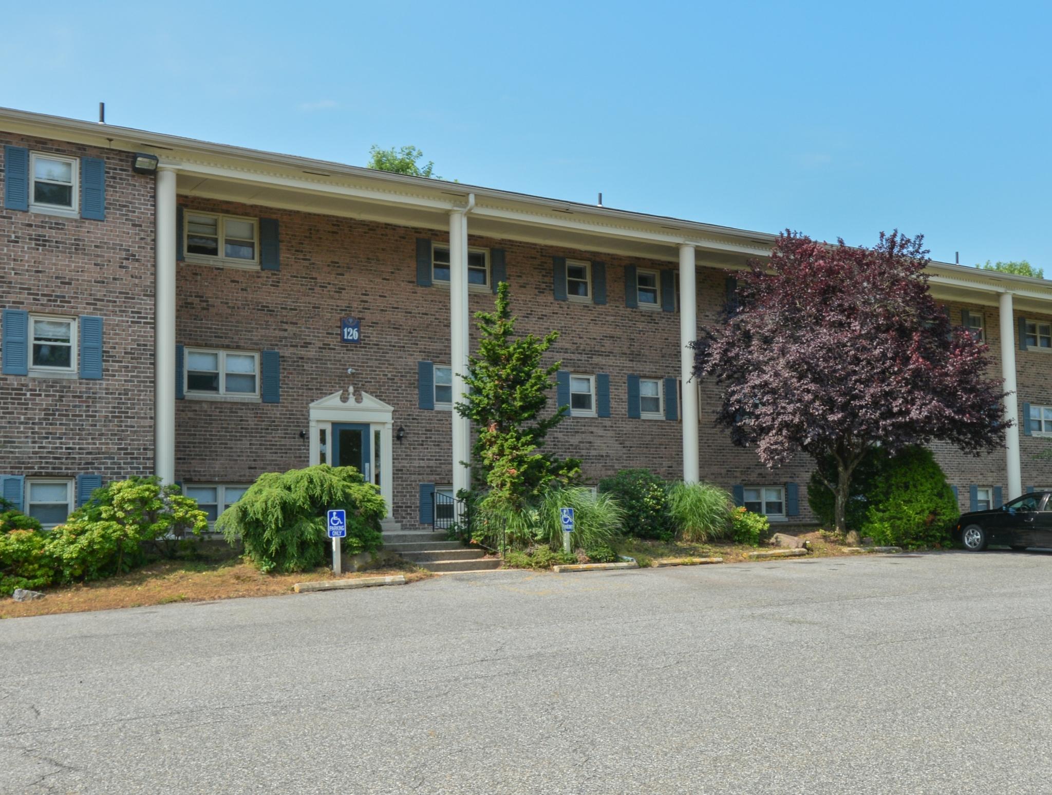 Berkshire Hills Apartments Reviews