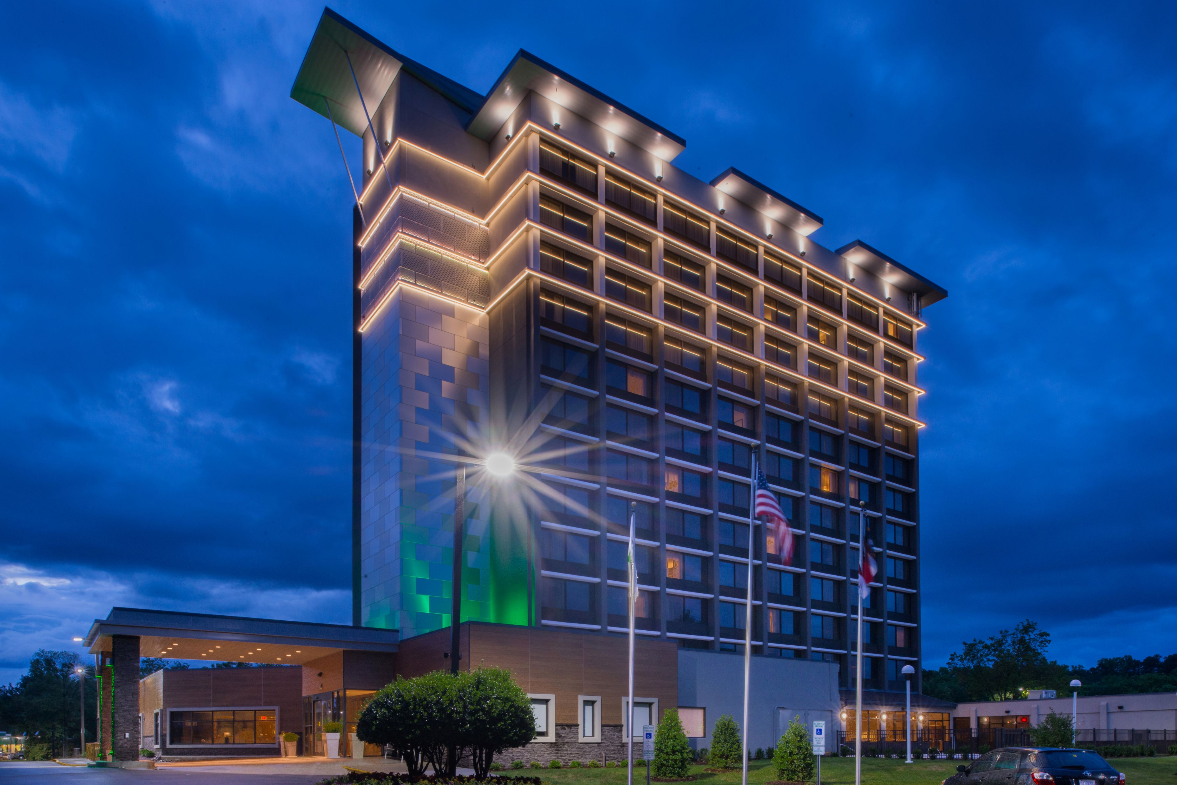 Holiday inn raleigh crabtree valley mall raleigh north - Hilton garden inn raleigh crabtree ...