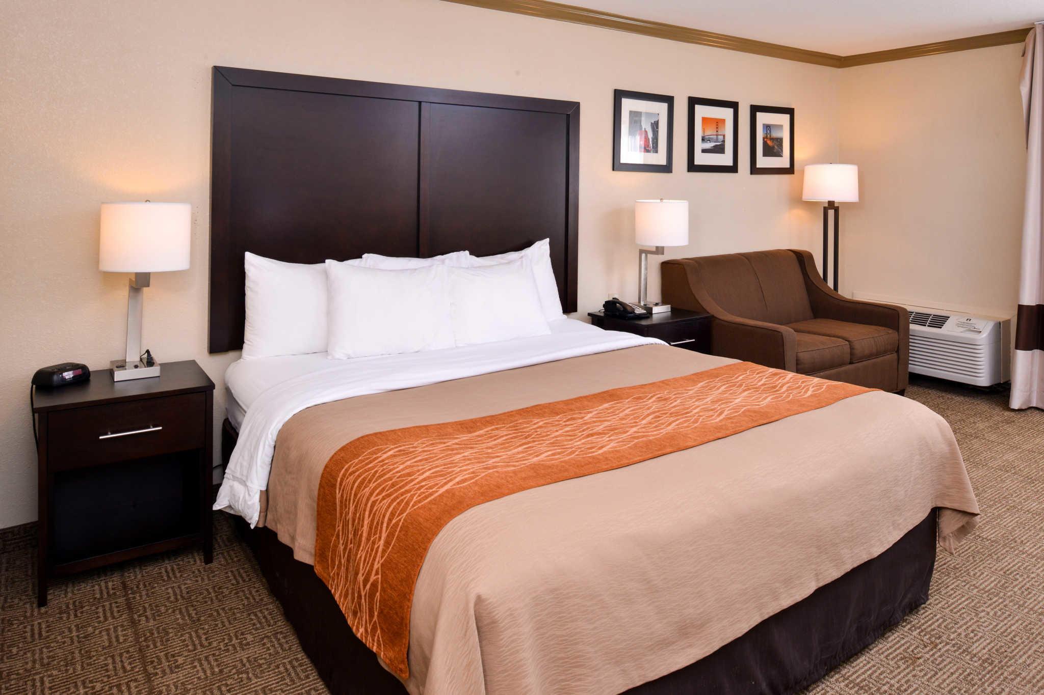 Hotel Rooms In Castro Valley