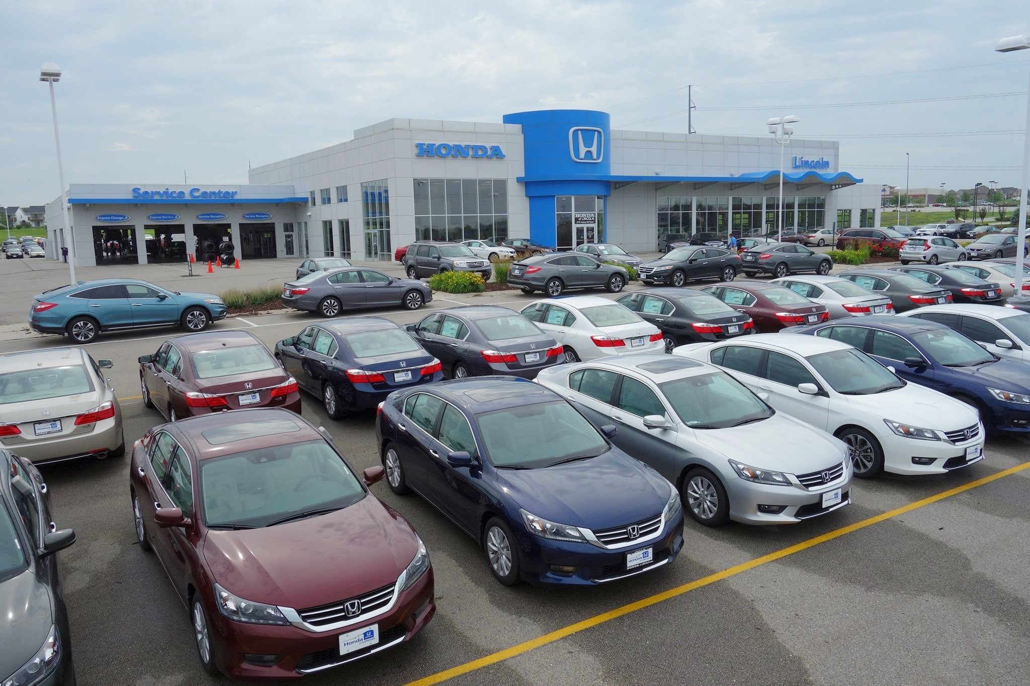 honda of lincoln in lincoln ne auto dealers yellow pages directory inc. Black Bedroom Furniture Sets. Home Design Ideas