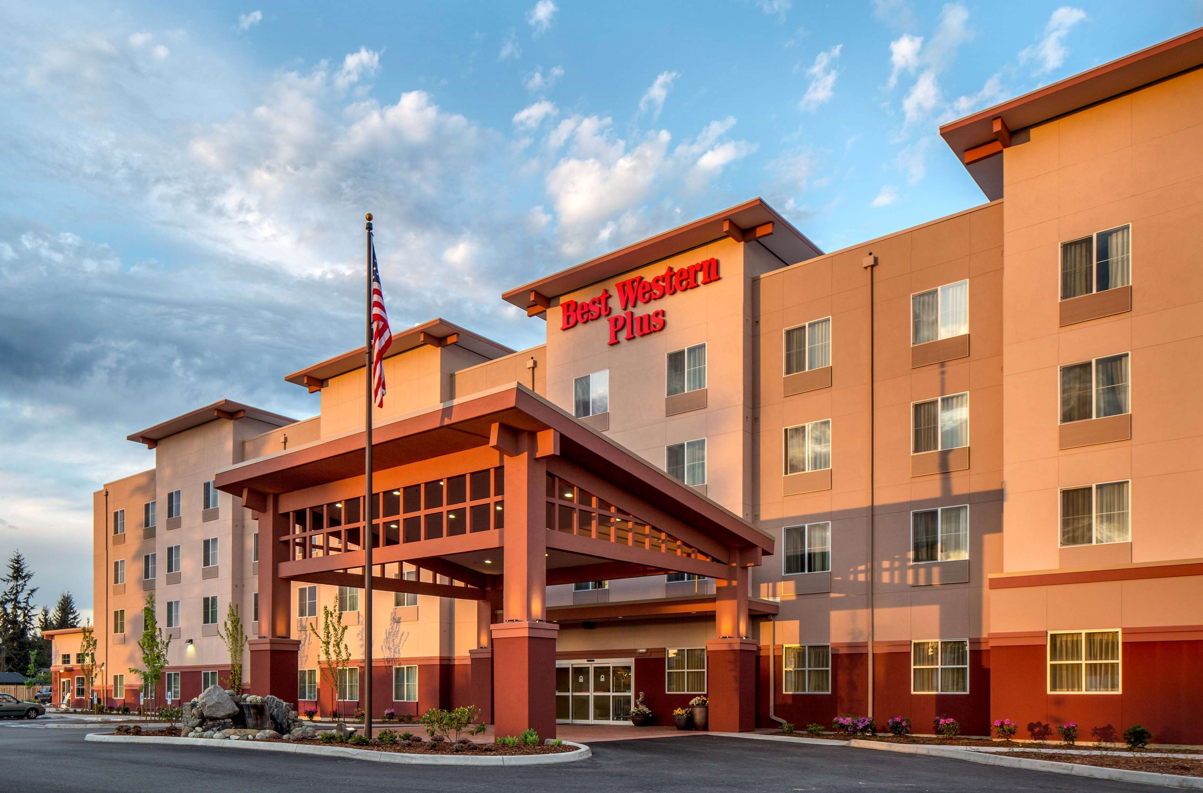 Tulalip casino rewards club phone number
