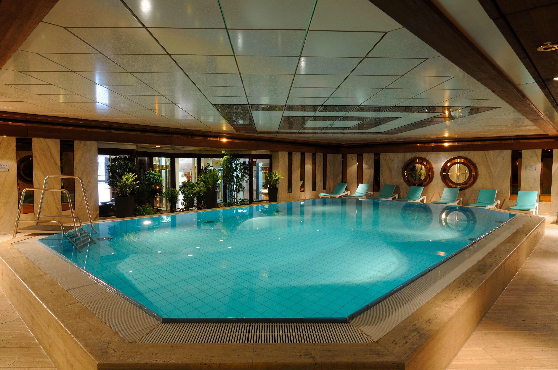 Maritim Hotel K 246 Ln Hotels Hotels Restaurants K 246 Ln