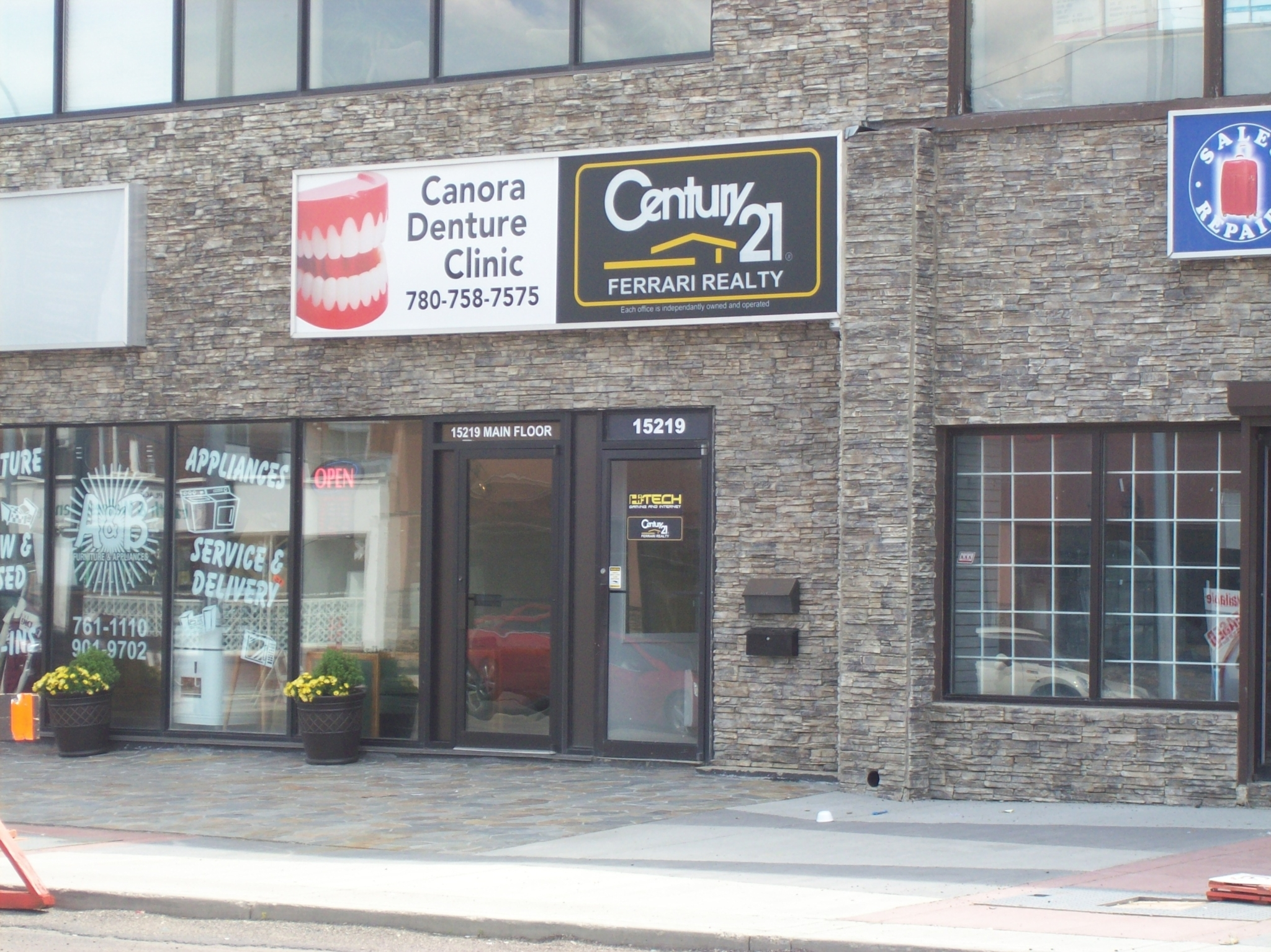 Denture Care Center in AB Edmonton T5P 3Y4 Canora Denture Clinic 15219 Stony Plain Rd NW  (780)758-7575