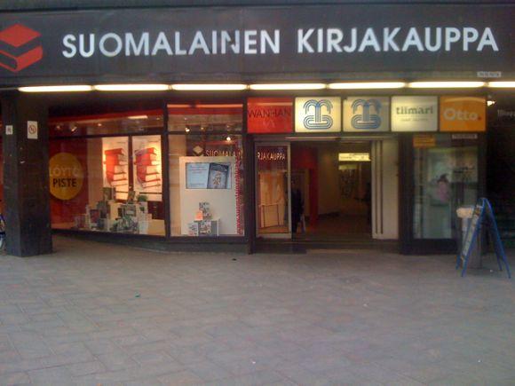 Suomalainen Kirjakauppa Vantaa Tikkurila Kauppakeskus Dixi