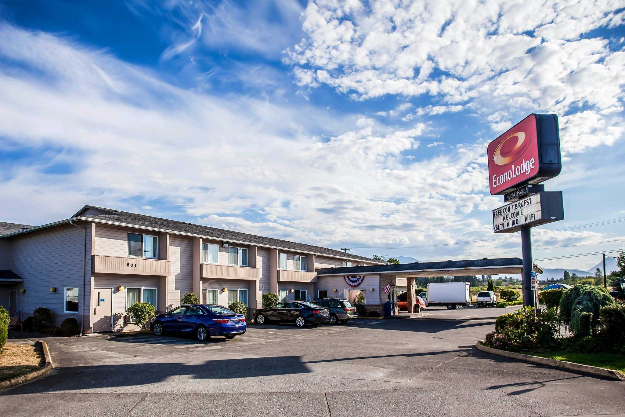 Pet Friendly Hotels Sequim Wa