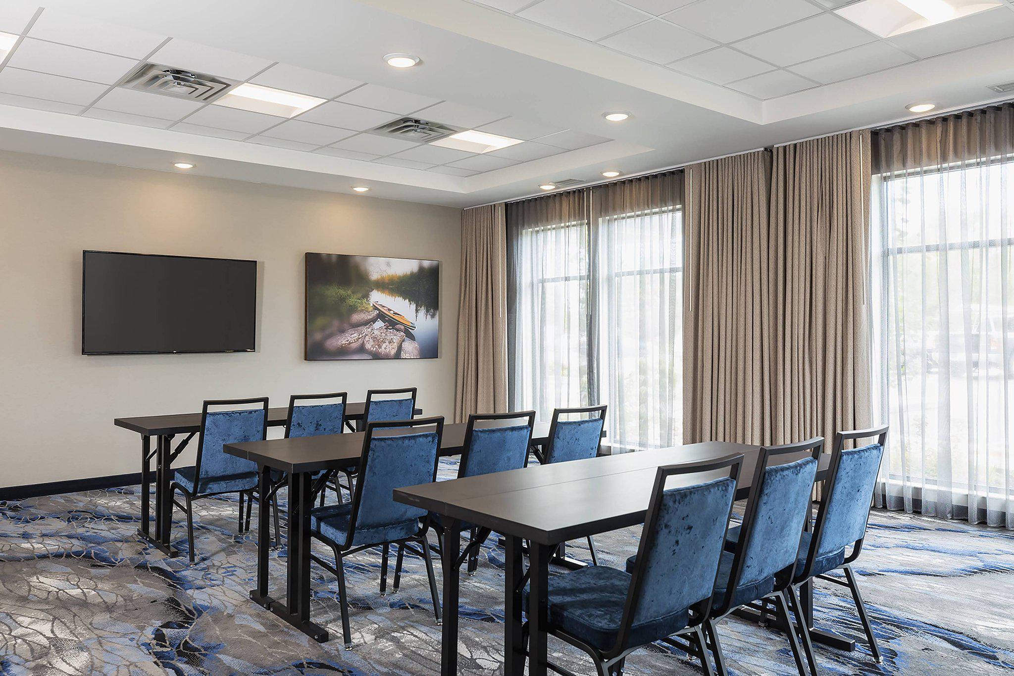 Fairfield Inn & Suites by Marriott Minneapolis North/Blaine