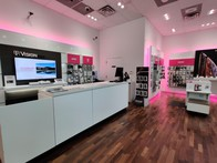 196x147 - T Mobile Store Jersey Gardens Mall