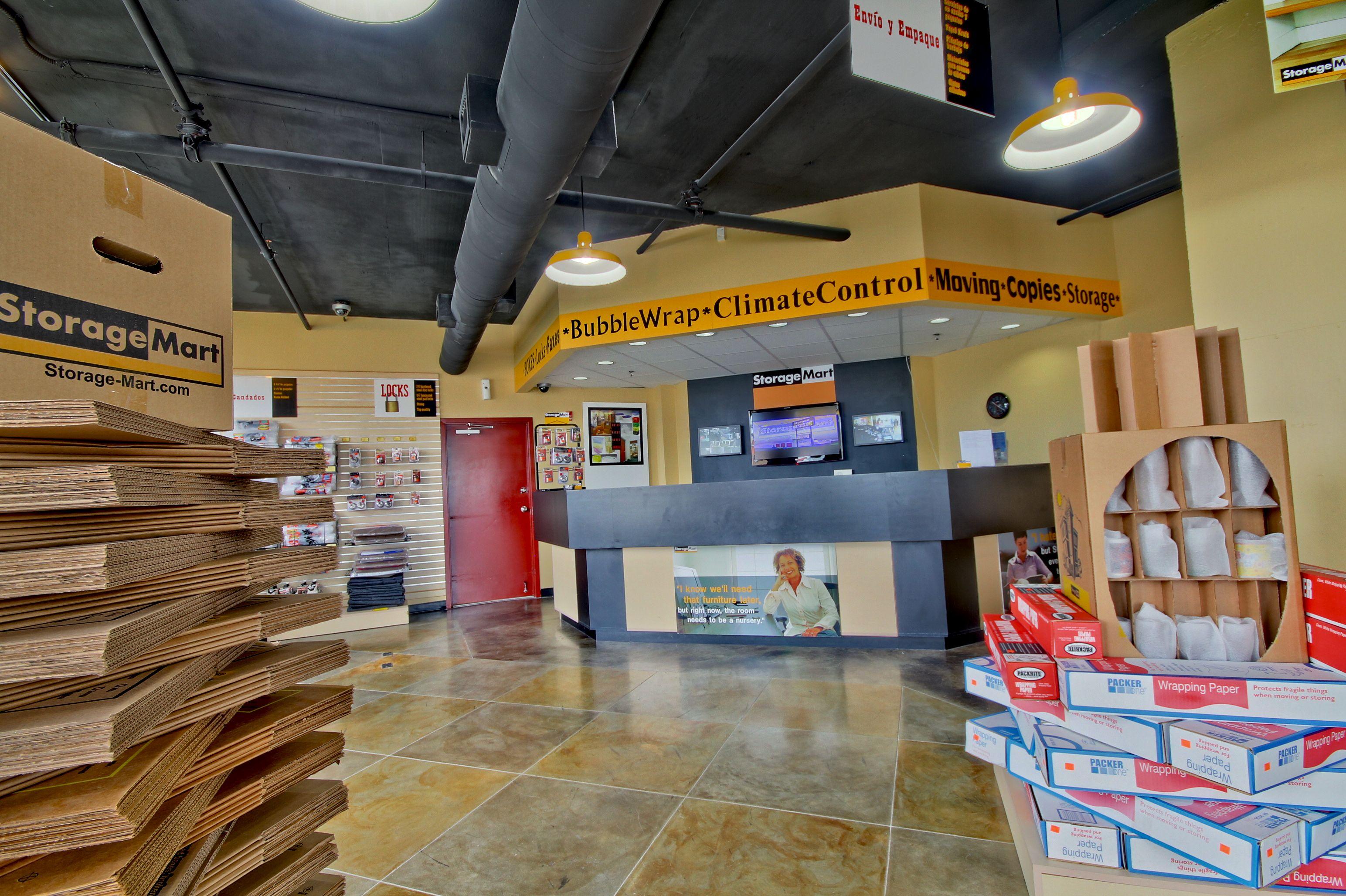 Storagemart In Miami Fl 33165 Chamberofcommerce Com