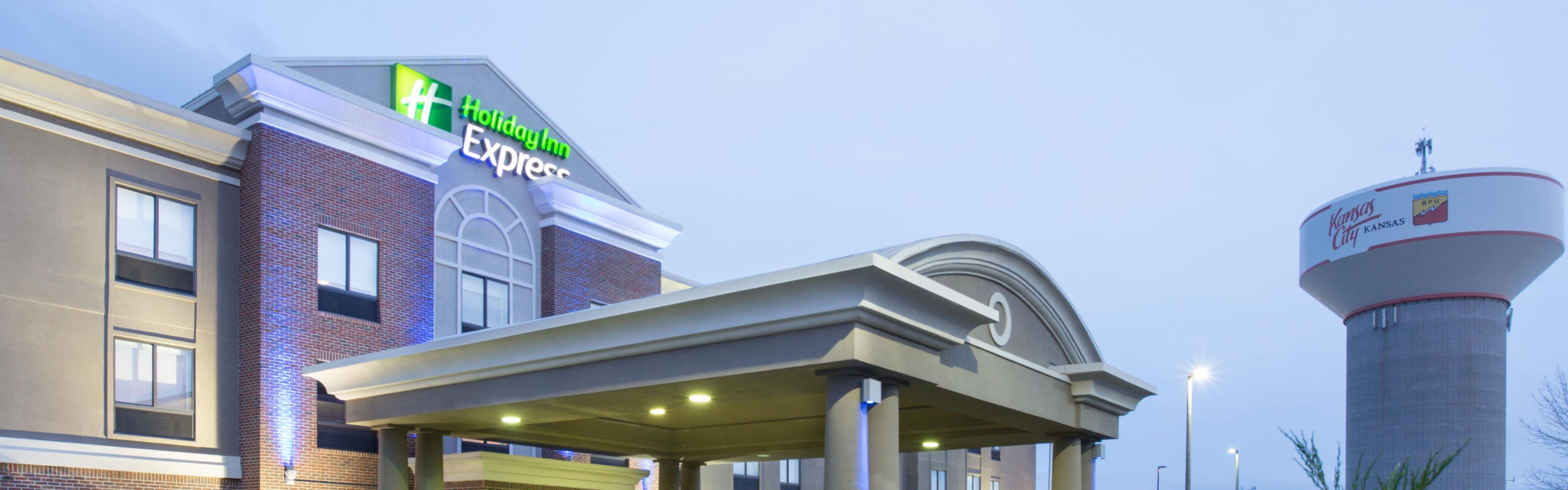 Holiday Inn Express Kansas City Near Speedway