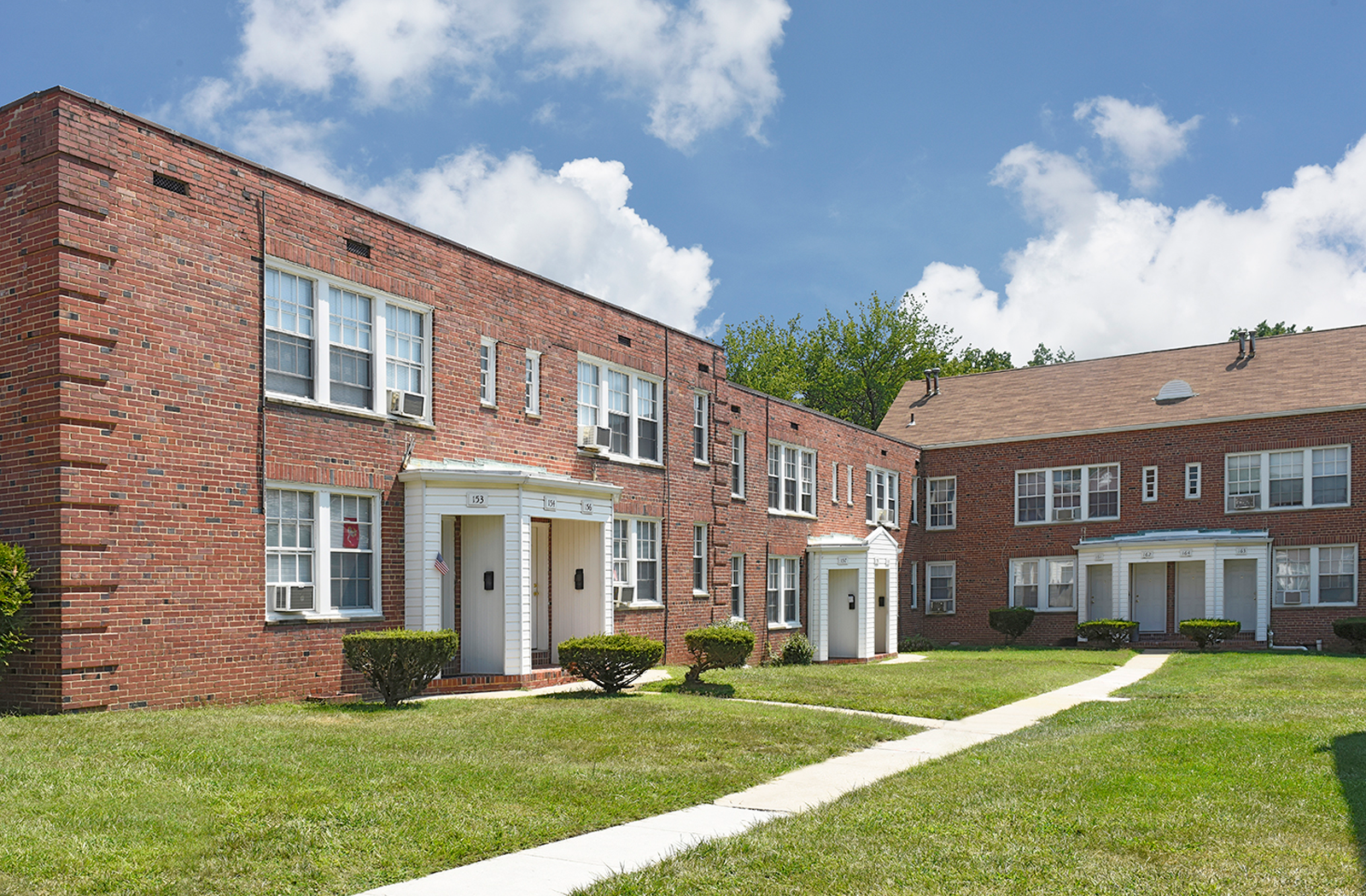 Oaklee Village Apartments In Baltimore Md 21229