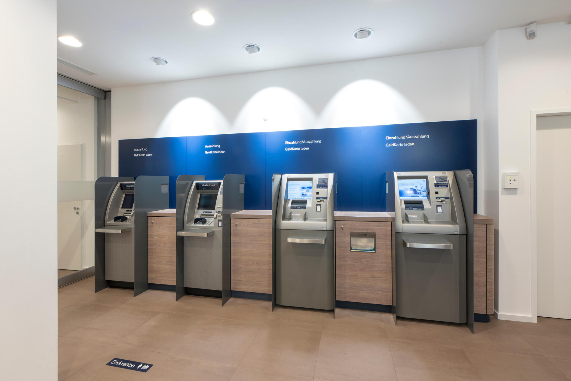 Deutsche Bank Filiale In Berlin In Das Ortliche