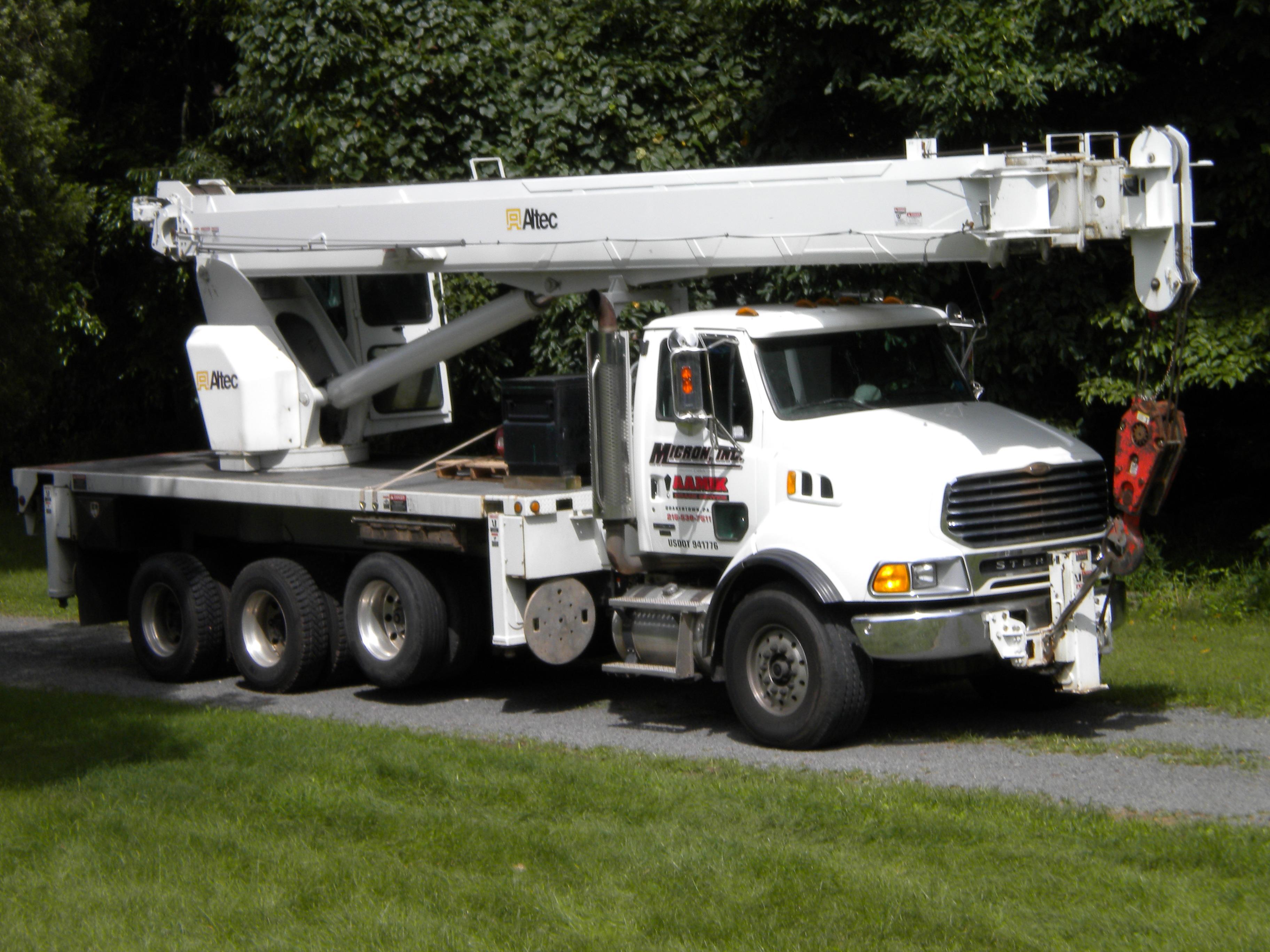 Aamik Crane Service image 4