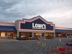 Lowe 39 S Home Improvement In Topeka Ks 785 273 0888