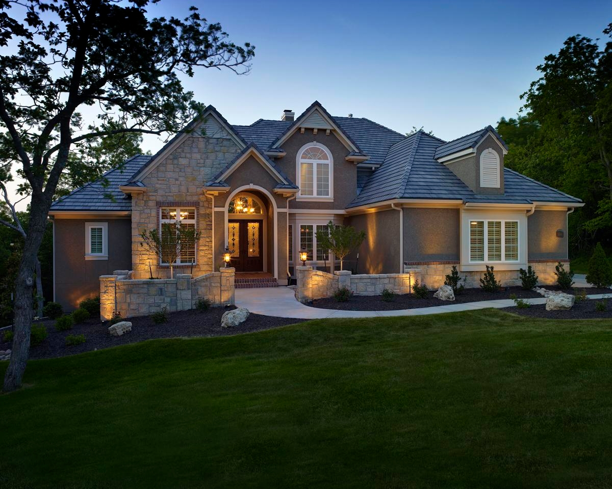 Outdoor Lighting Perspectives of Columbus - Westerville, OH - Architectural lighting enhances the facade of your home.