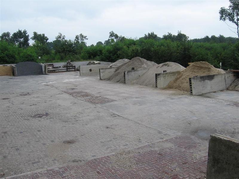 Zand- en Grindhandel D Huenestein