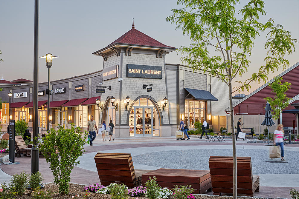 The world's finest outlet shopping. Save 25% to 65% every day on designer and name brands including Coach, Gap Outlet, Nike and Polo Ralph Lauren.