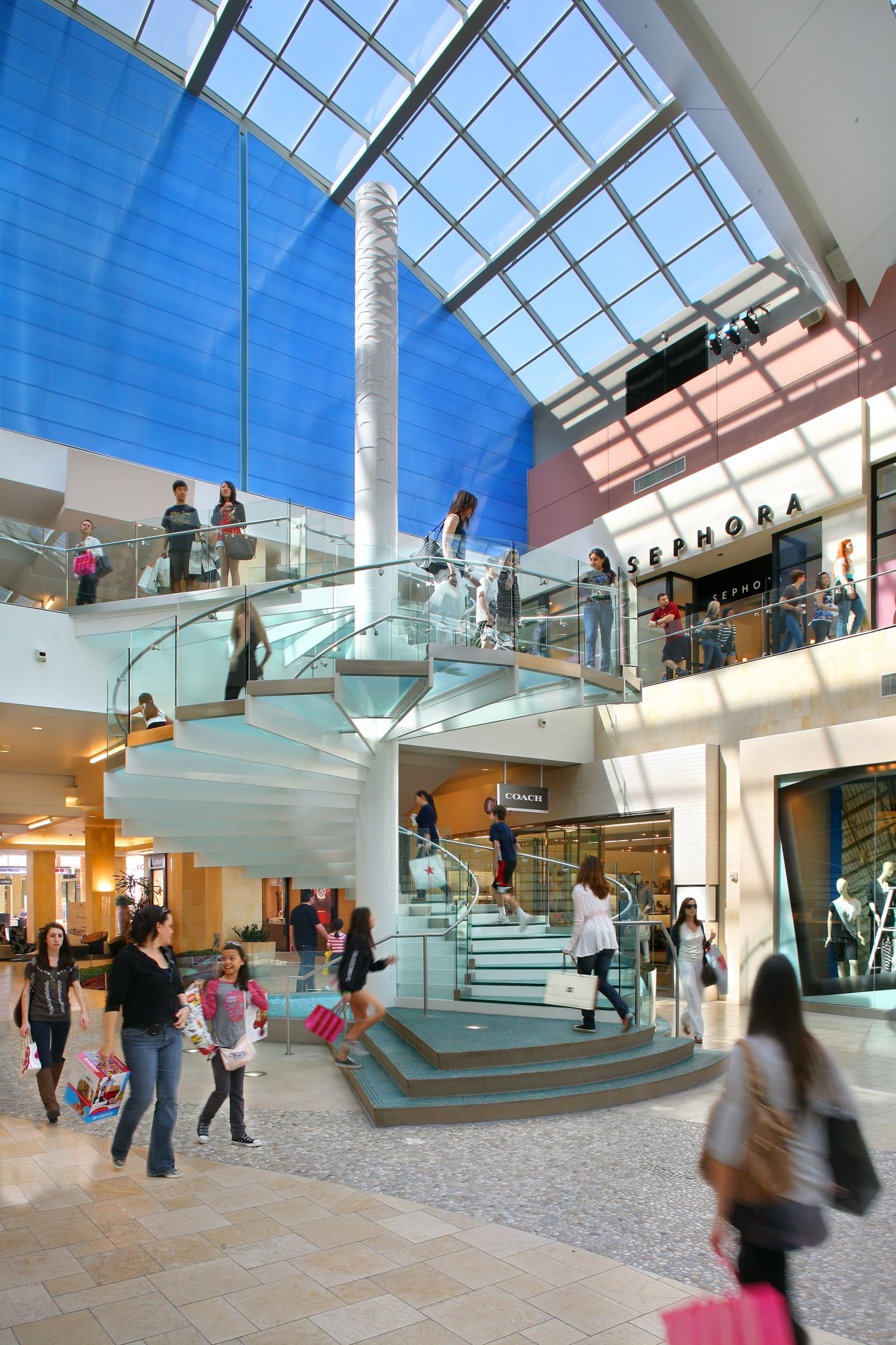 Shoe Stores At Westfield Topanga Mall