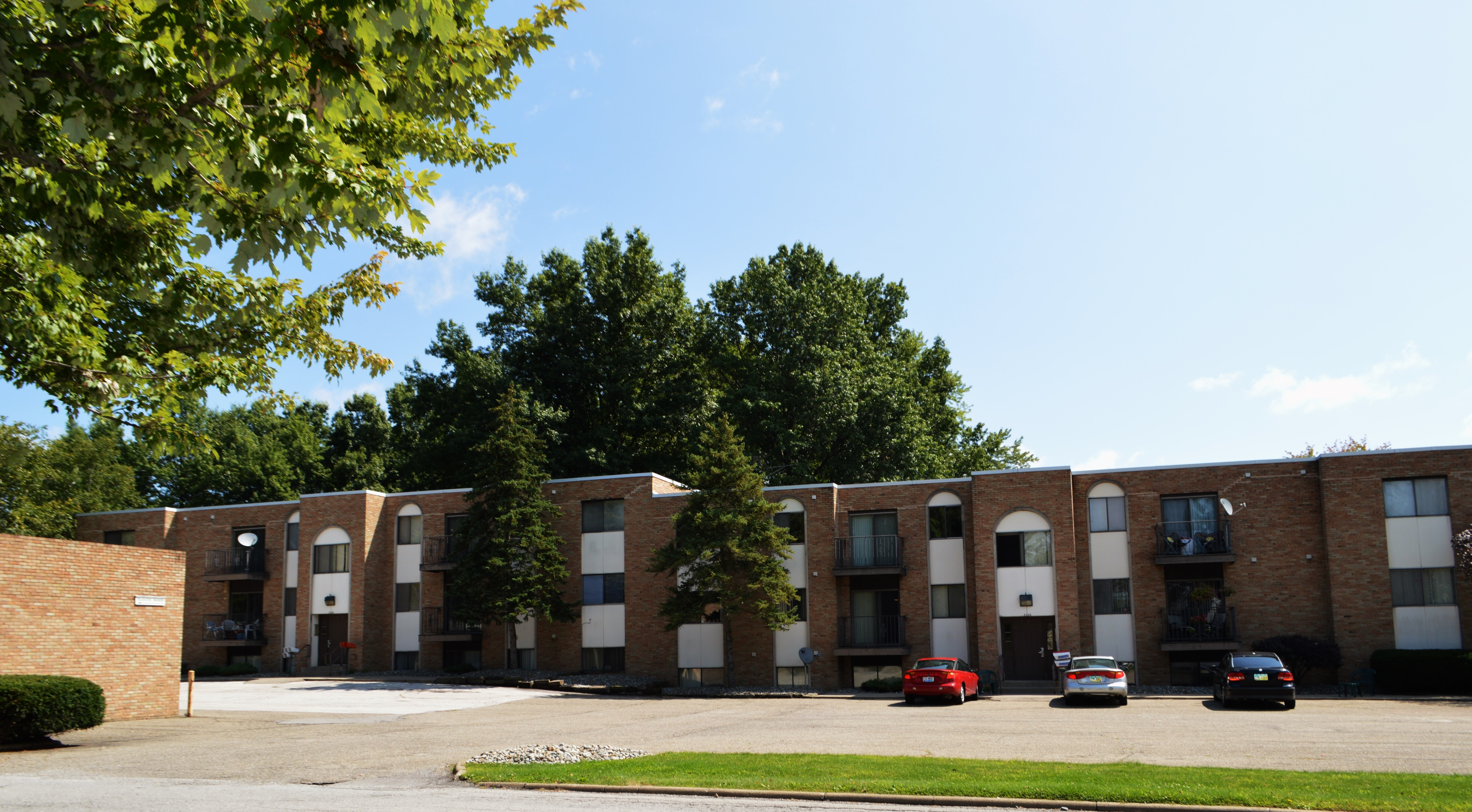 Fairview Manor Apartments